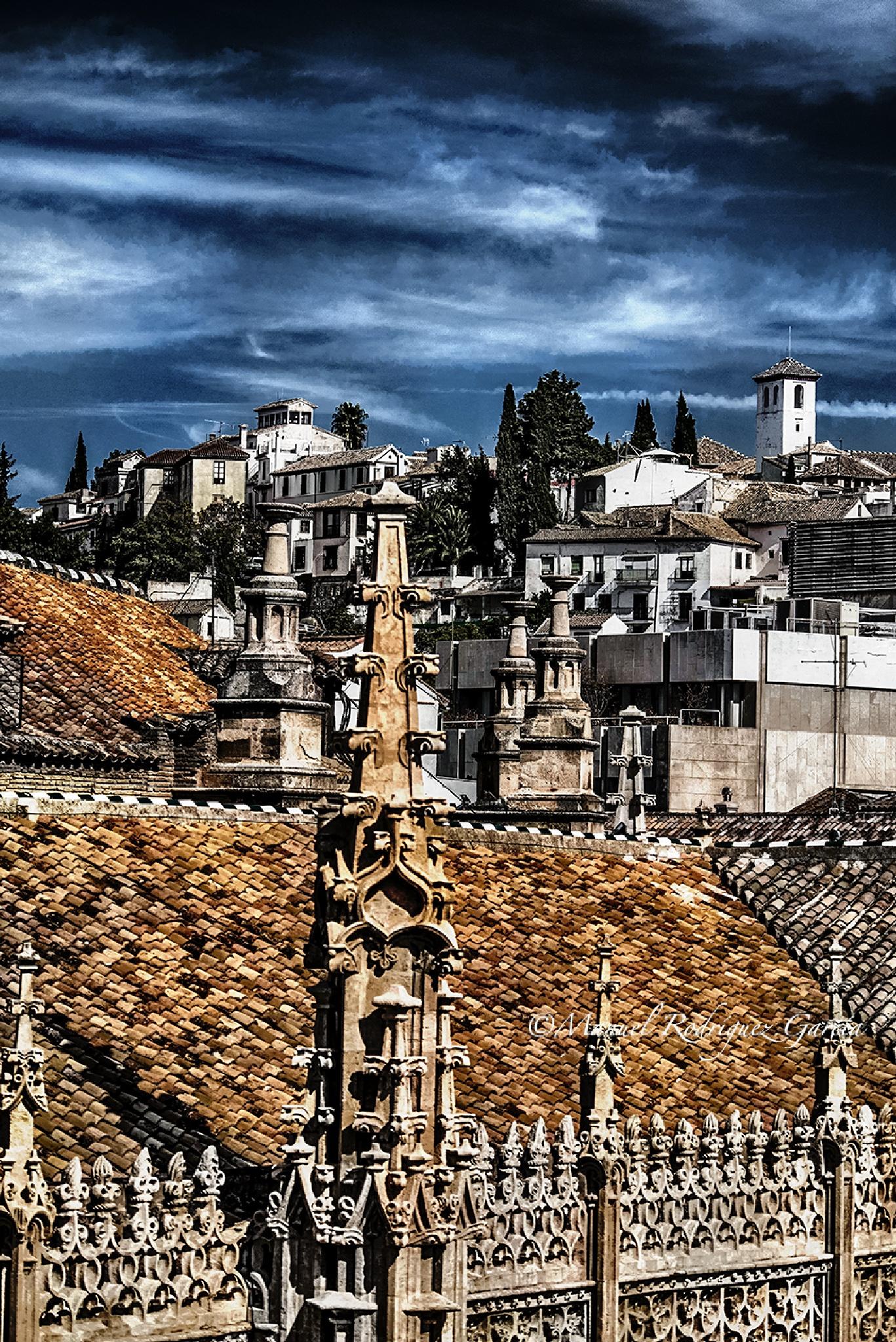 Capilla Real de Granada y Albaycin by Manuel Rodríguez