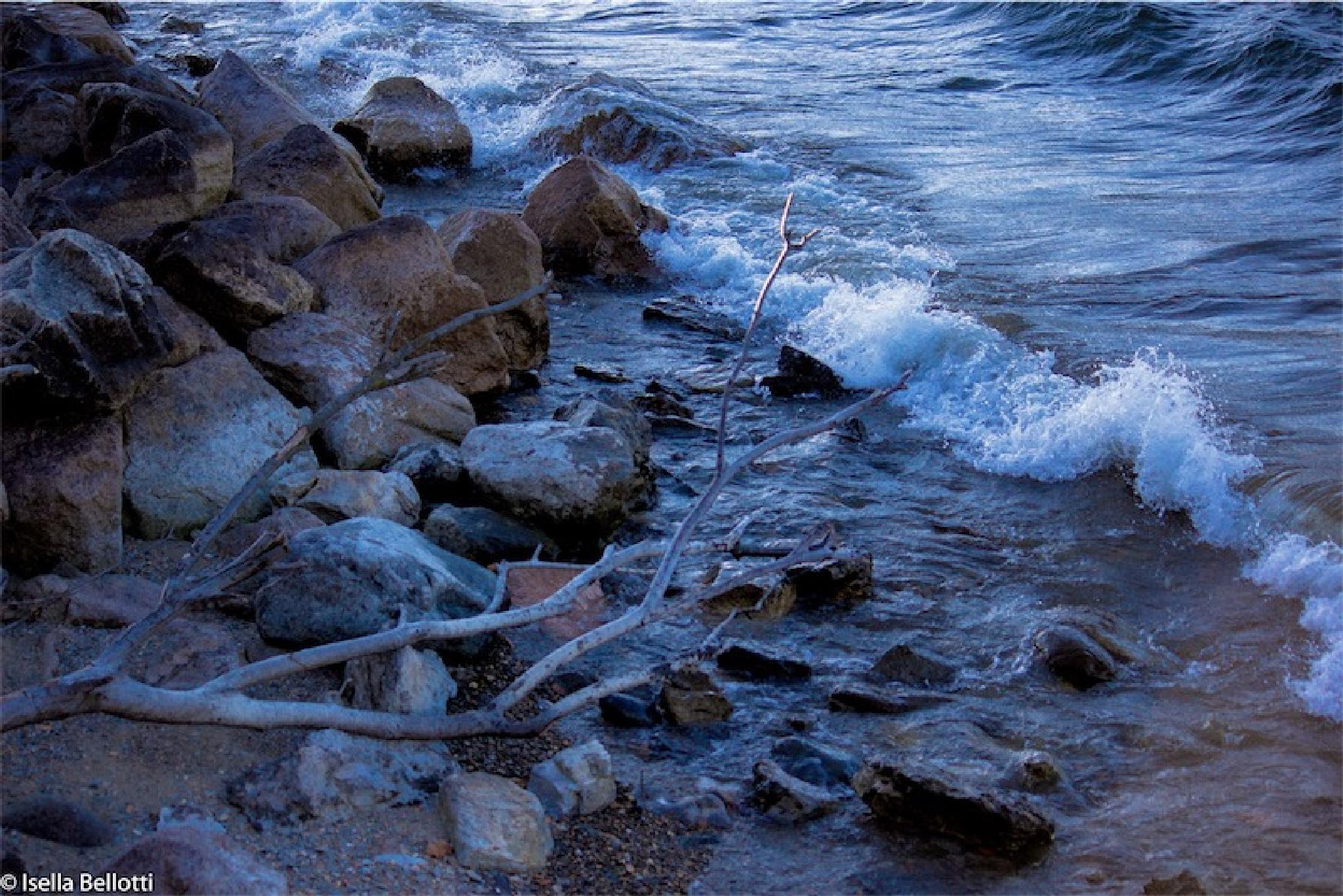 Il lago d'inverno by isbellotti