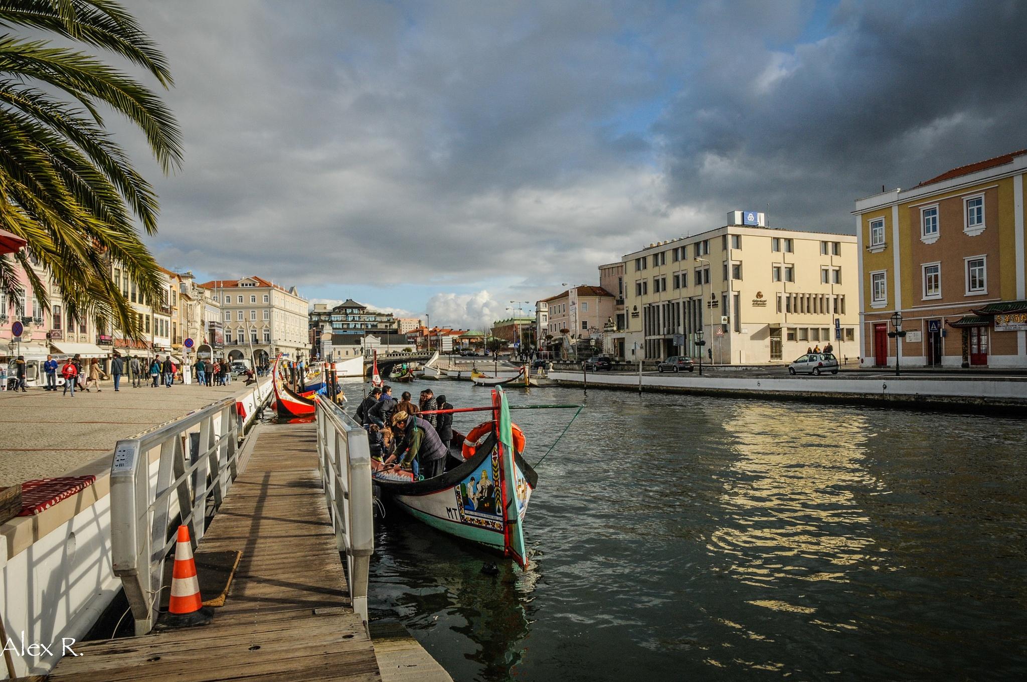 Boat trip by Alex Rocio
