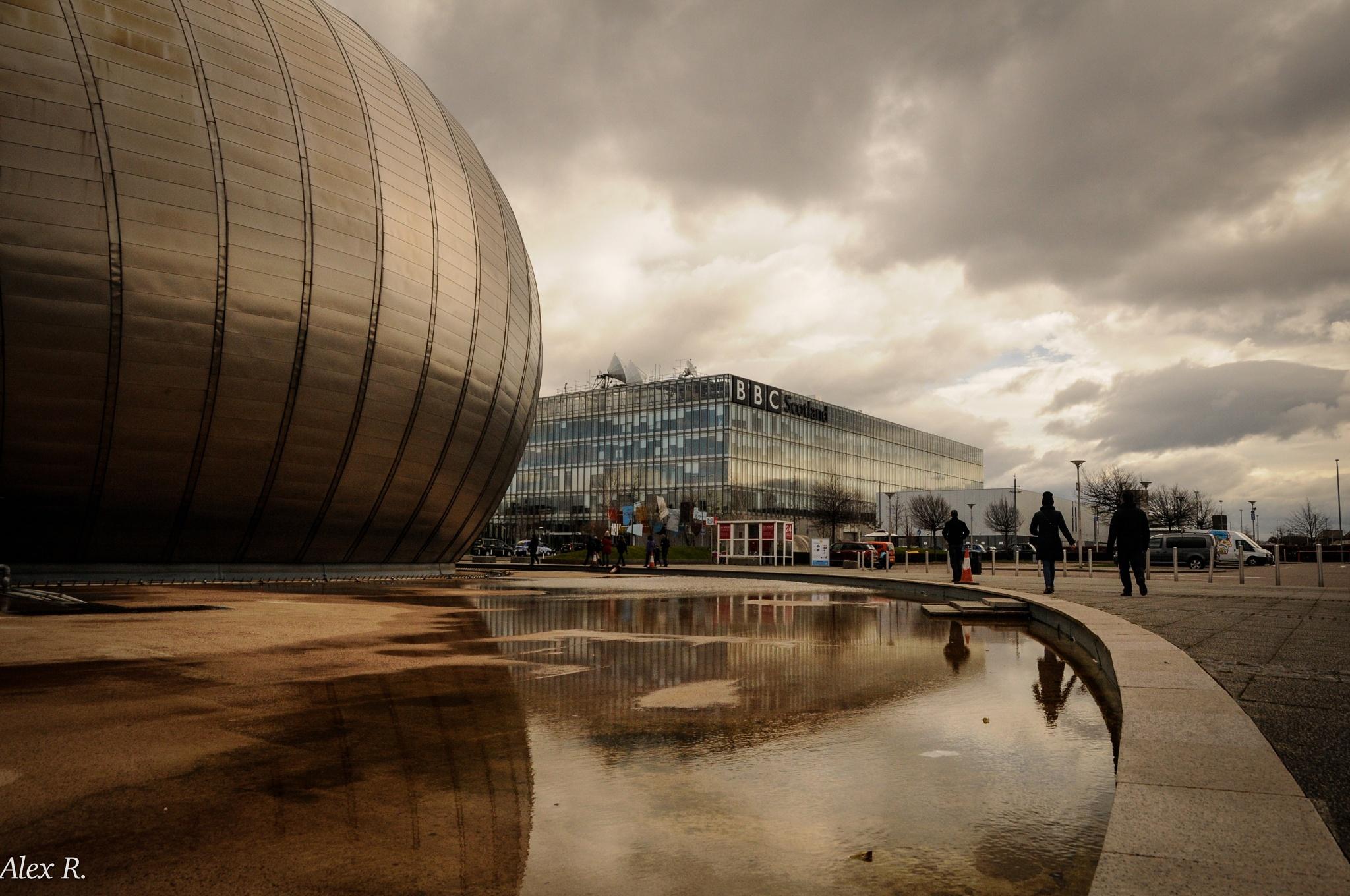 Glasgow by Alex Rocio