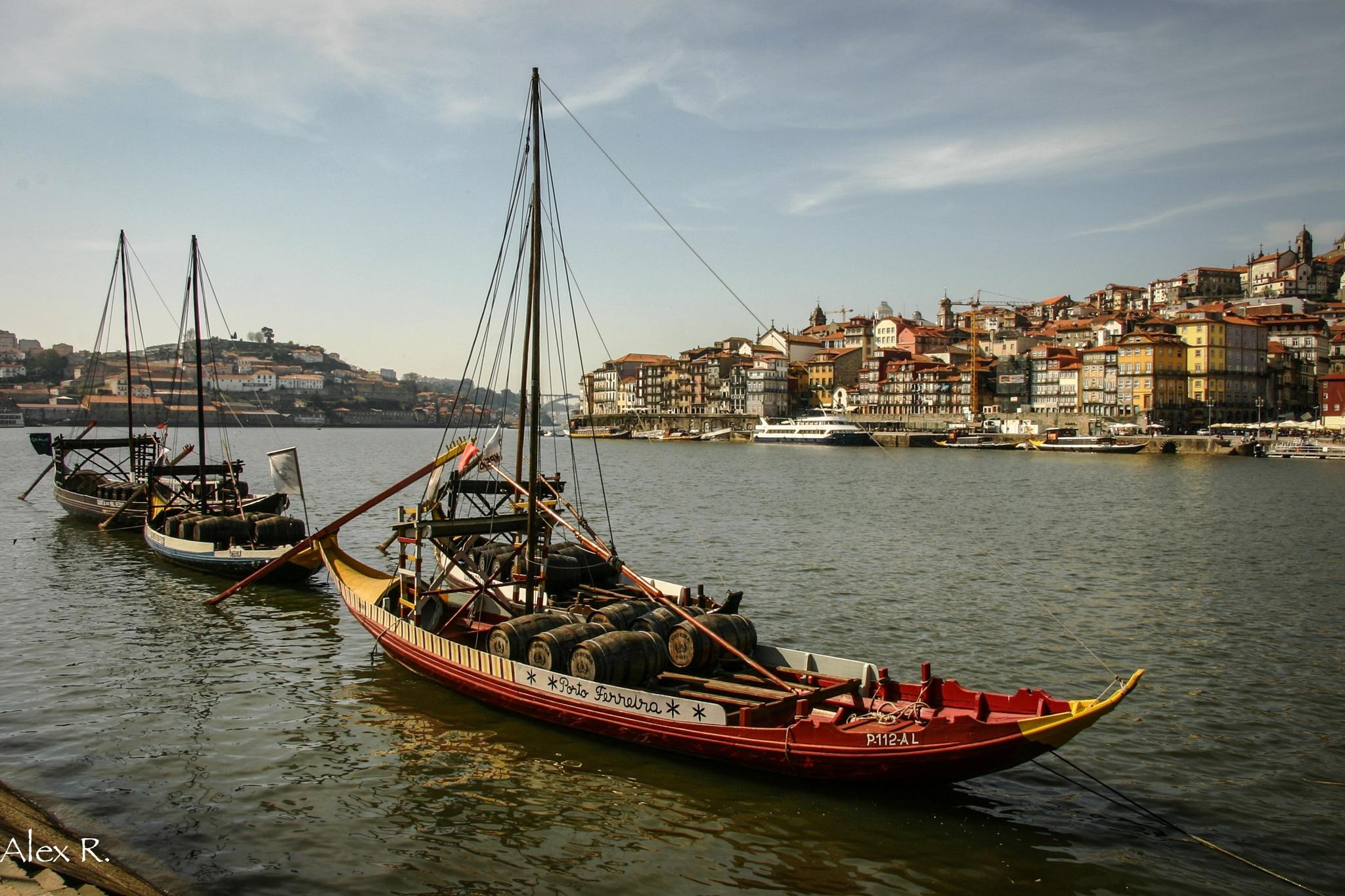 Porto by Alex Rocio