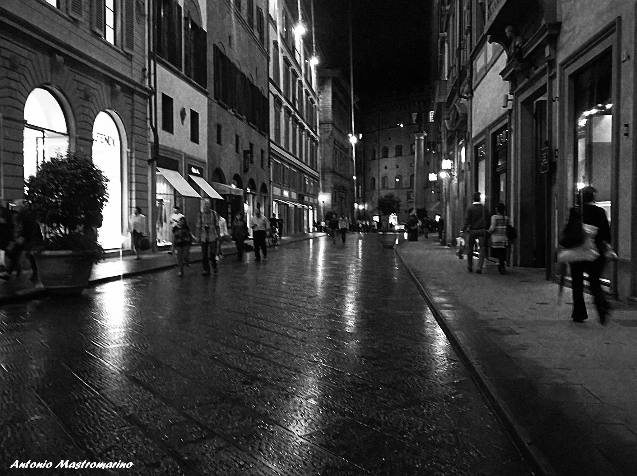 Firenze Via dei Tornabuoni by antonio mastromarino