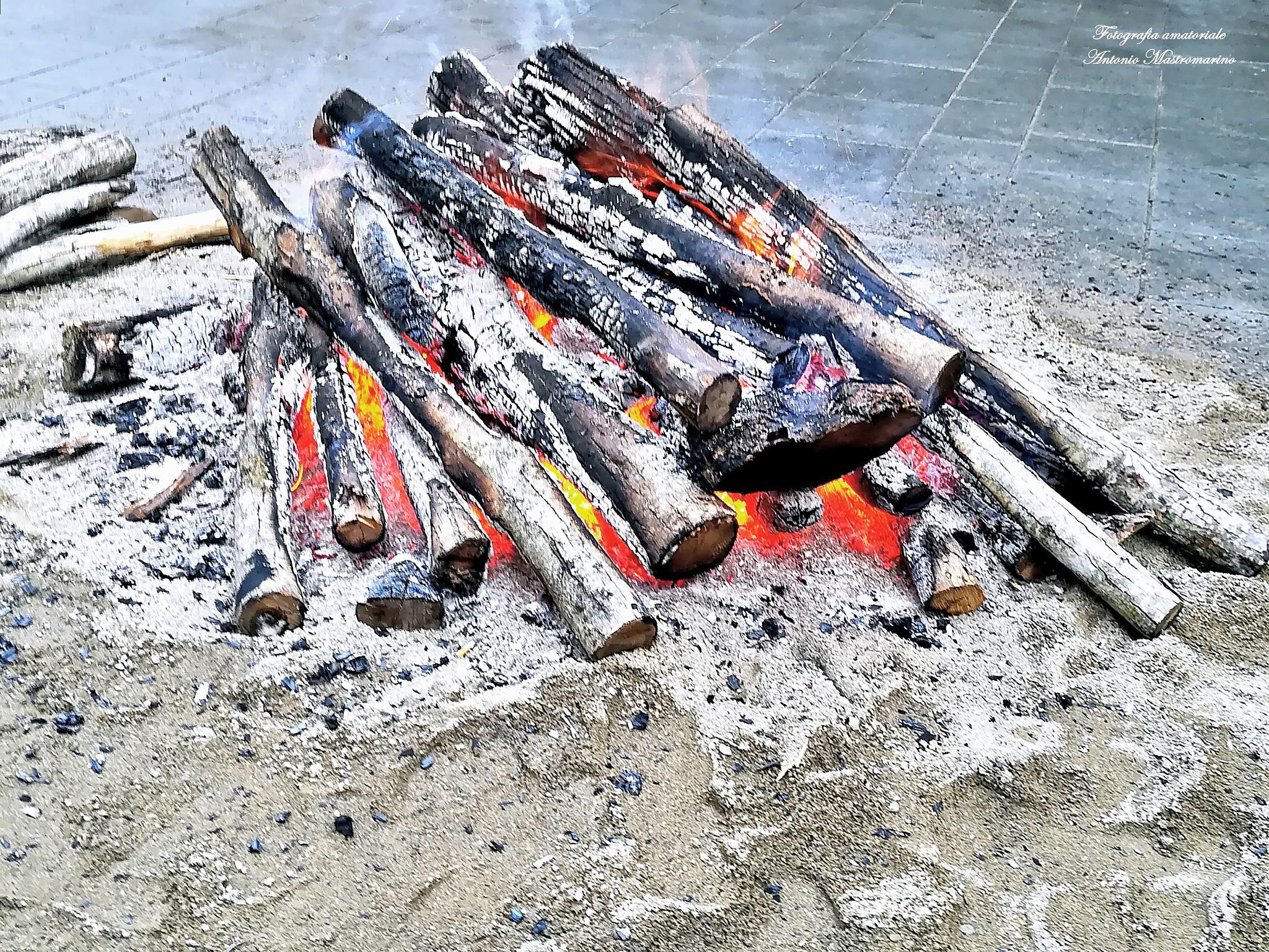 Fire by antonio mastromarino