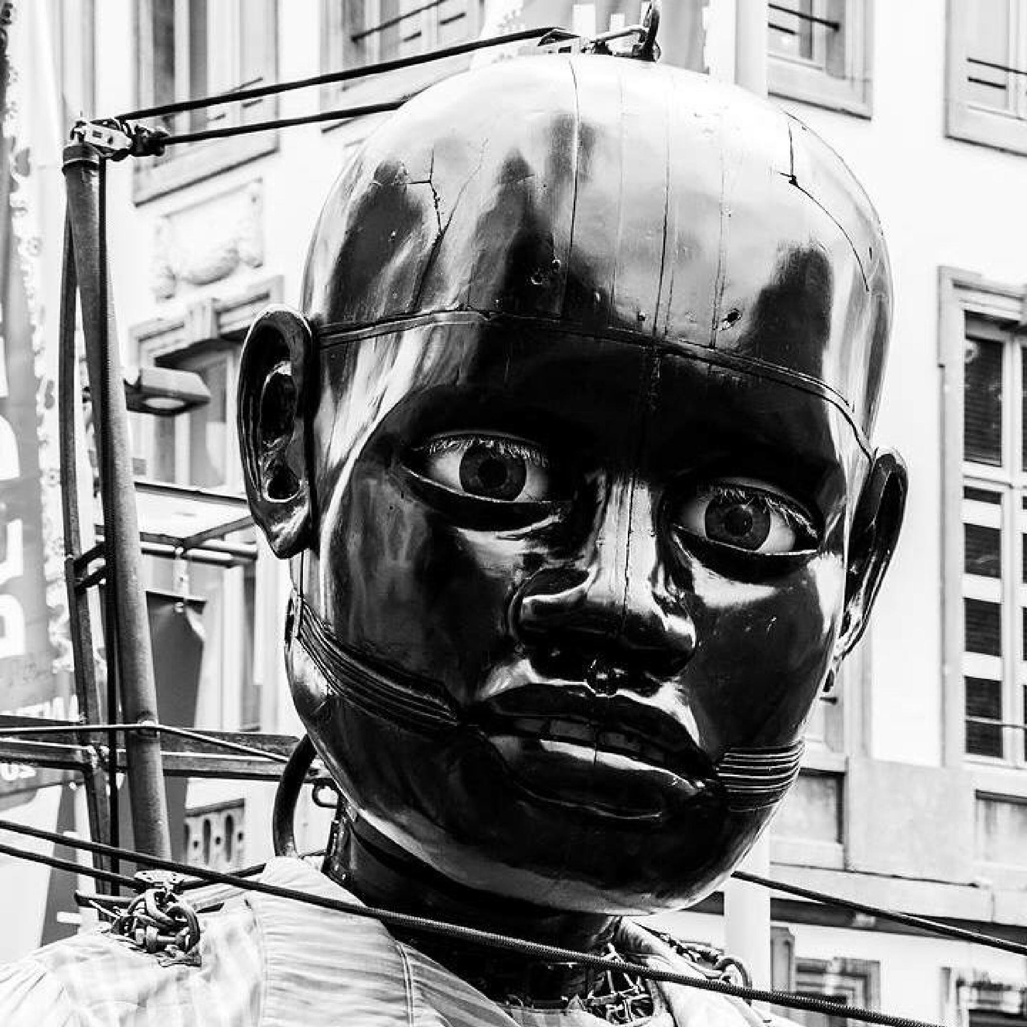 Antwerpen by Gertjan Tichelaar