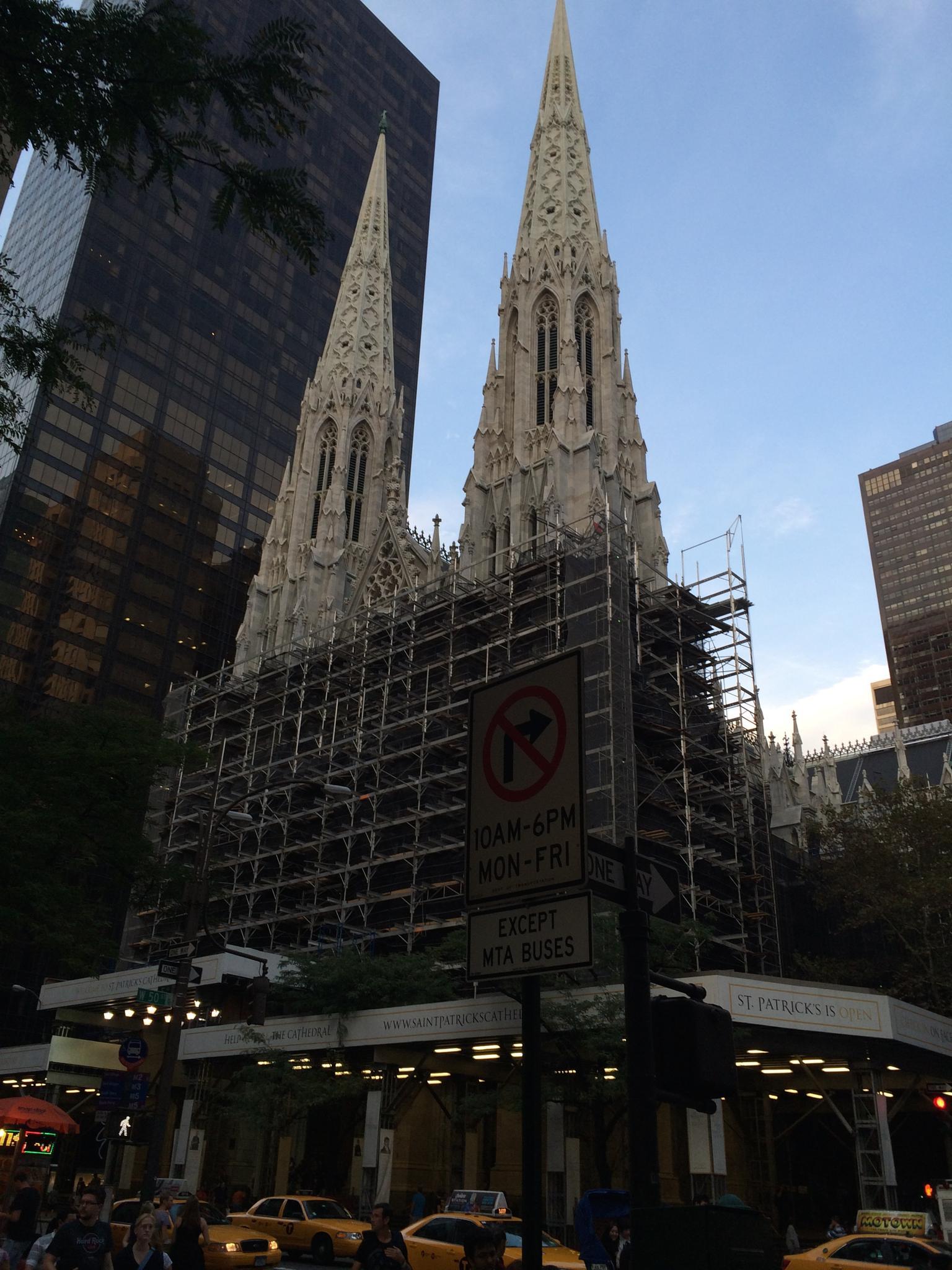 NYC St. Patrick Cathedral by konradszalapski