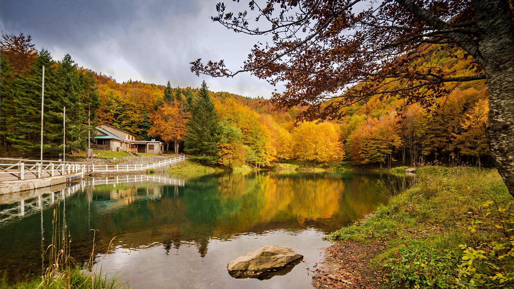 Lago Cavone by cesare oppo