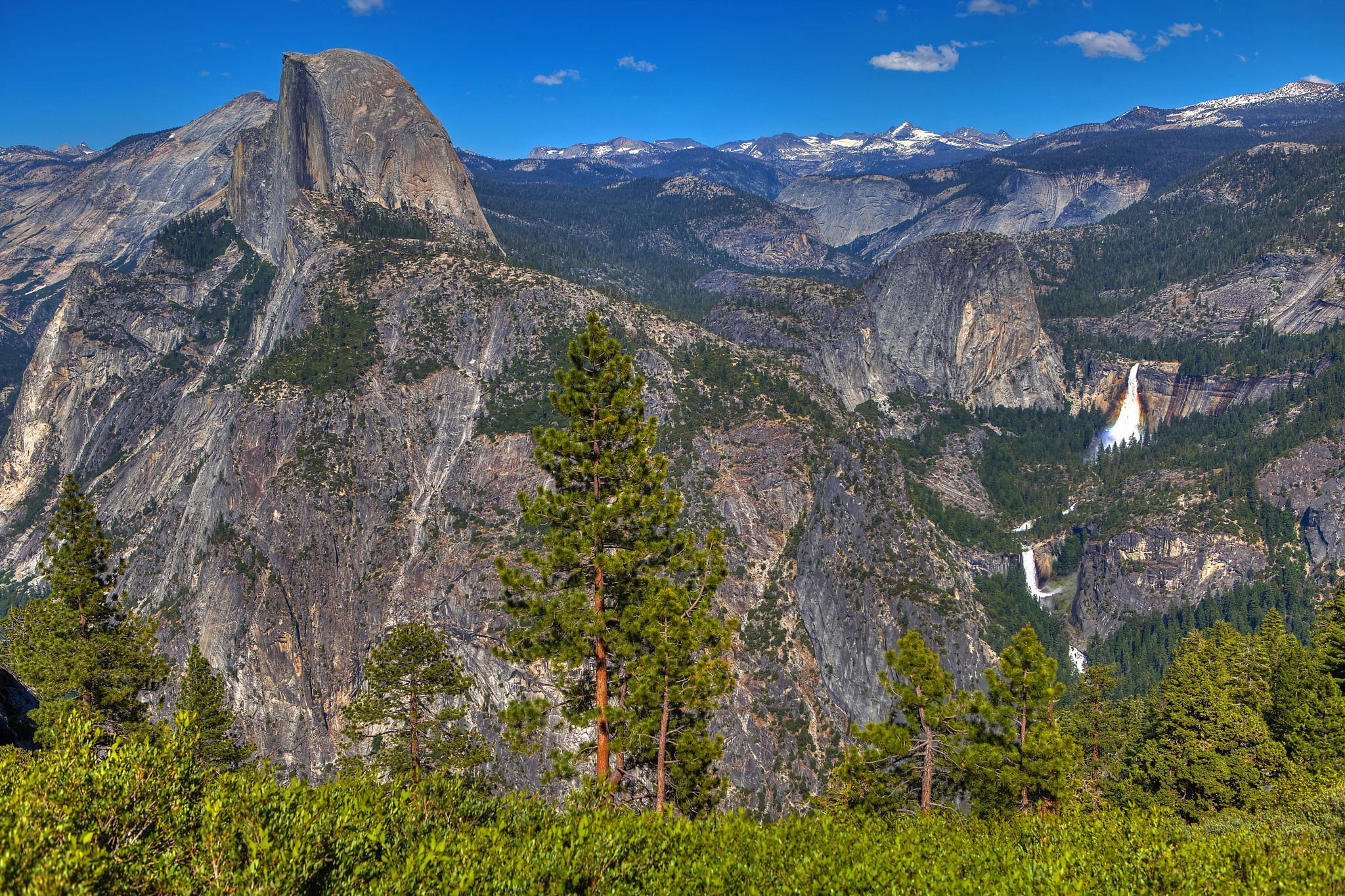 Half Dome in Yosemite by studio7