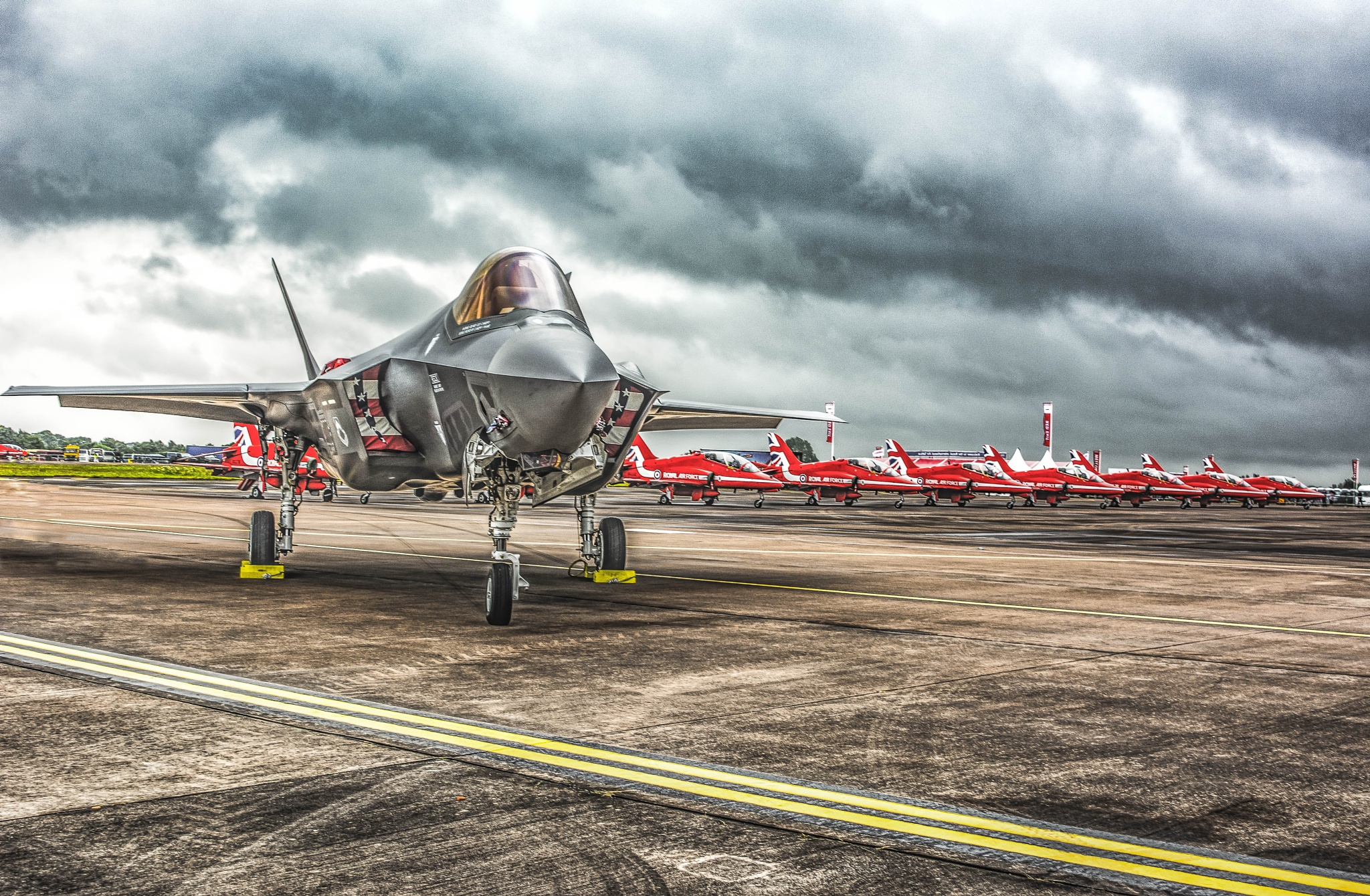 F35 and the Red Arrows by mark.shelley1