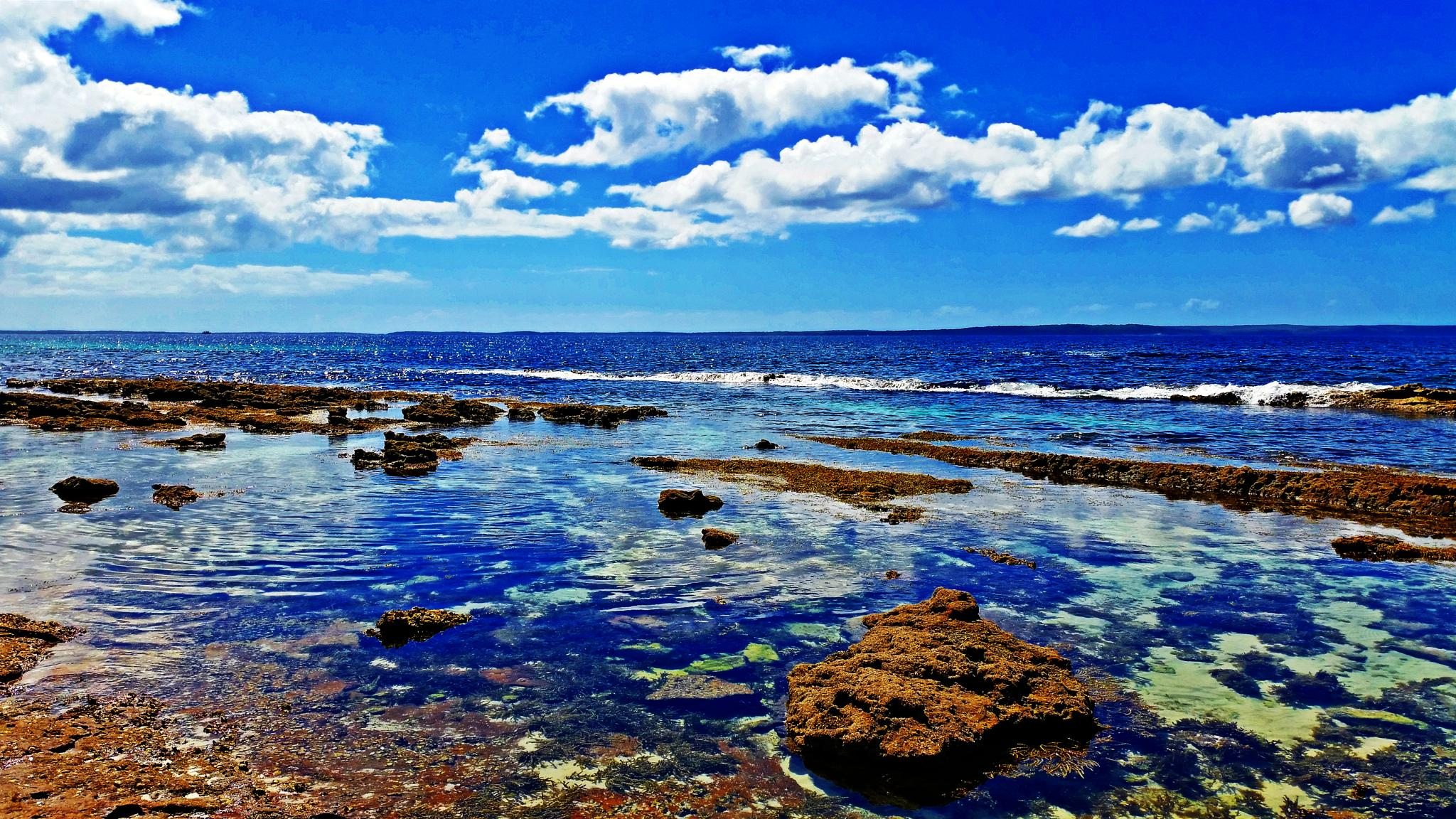 Hyams Beach NSW (A) by Theresa Duong