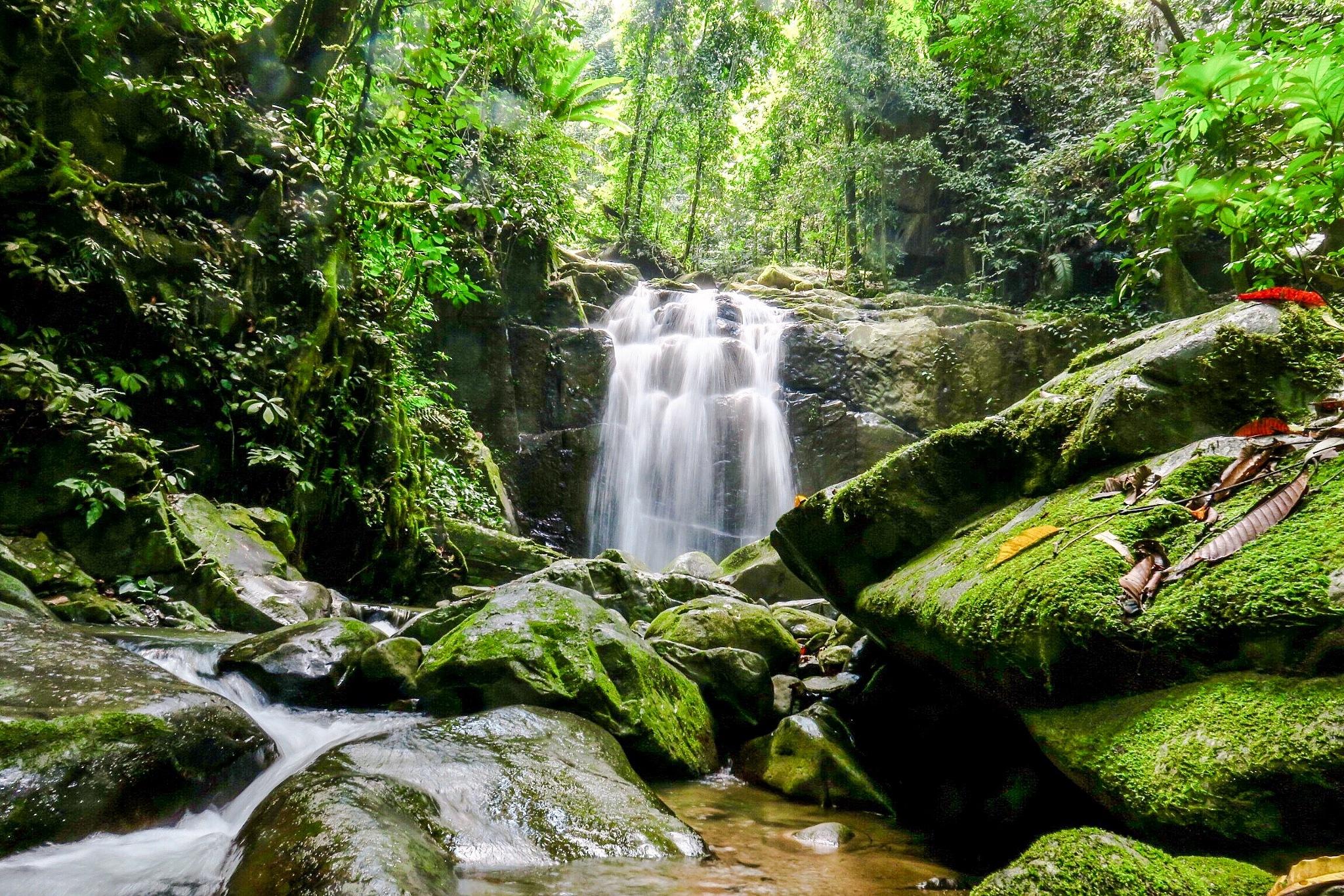 The hidden fall-Kionsom,Borneo by Adi Gli