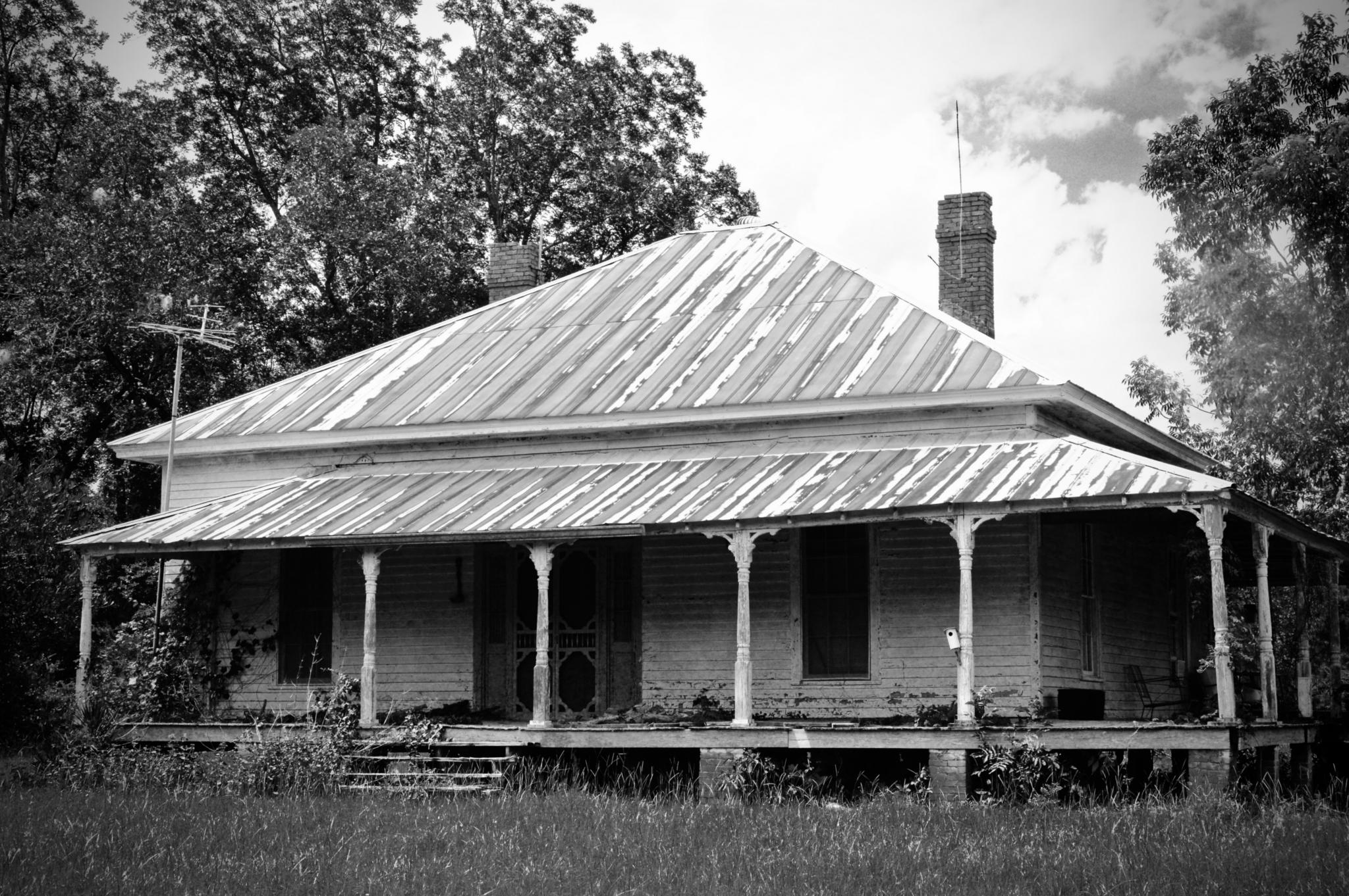 Rural Old Florida Cracker House by Travelwithnise