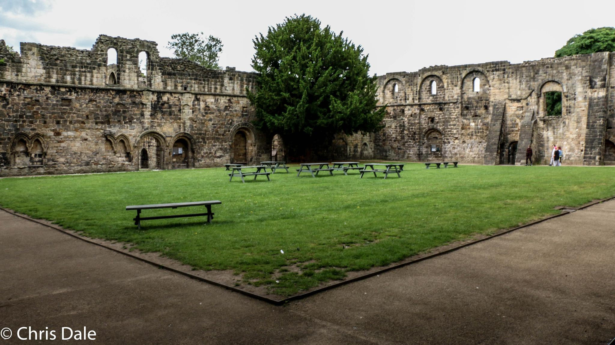 Kirkstall Abbey (1/3) by Chris Dale