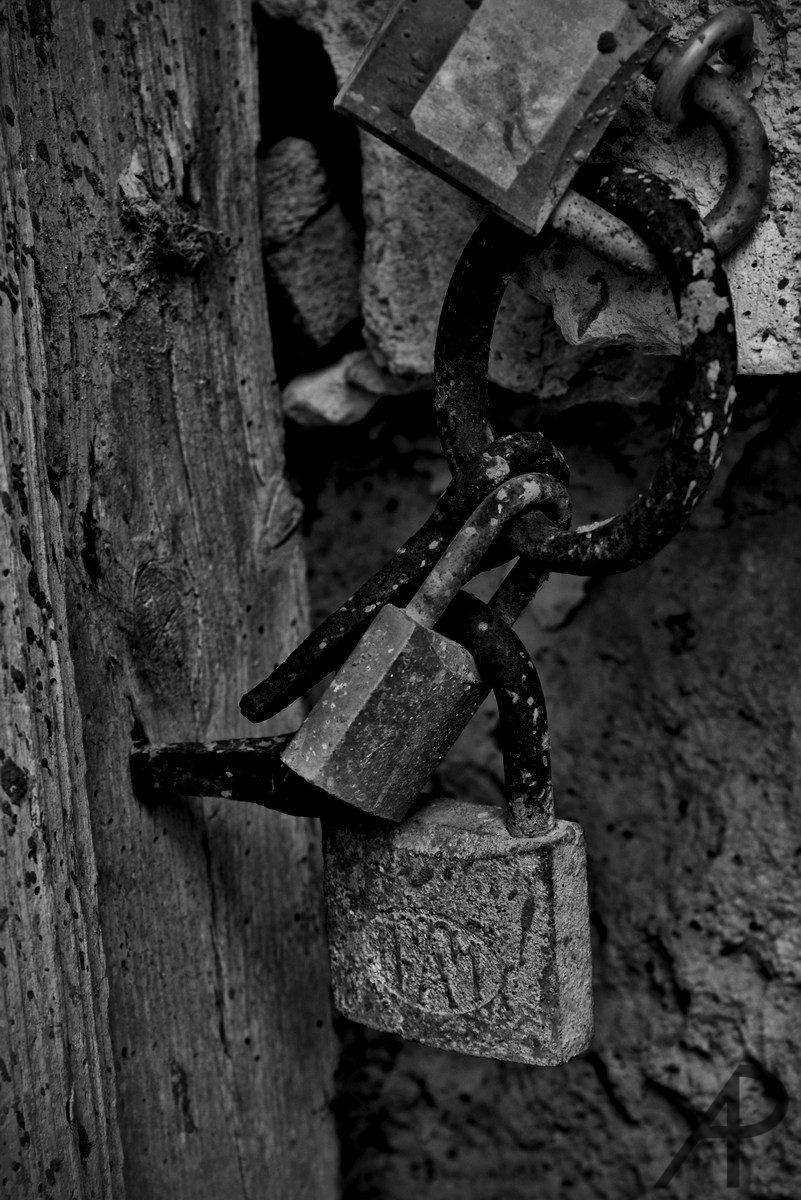 Cerrando el olvido by Arturo photography