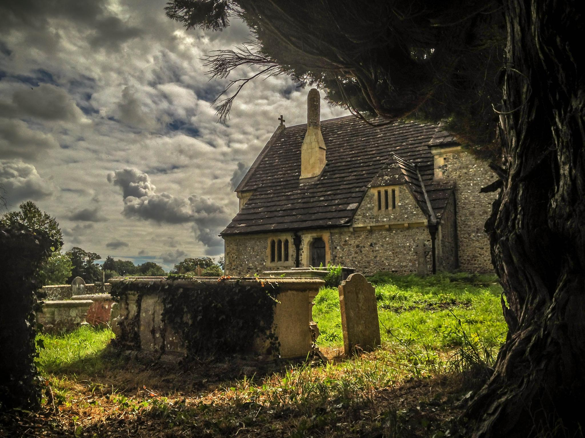 St Peter's Church, Woodcote by Peter McCormack