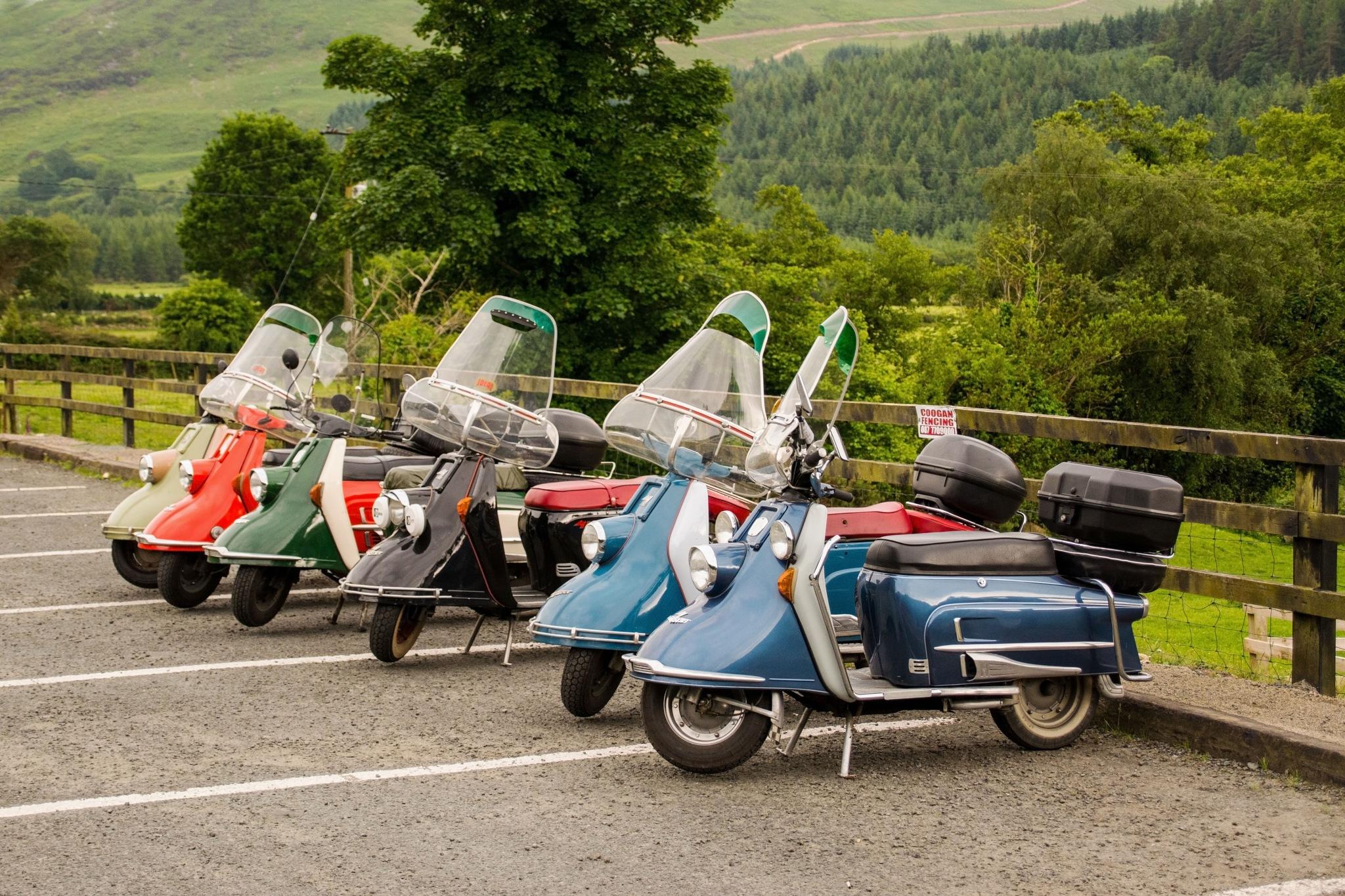 Heinkel tourists. by jonjodun
