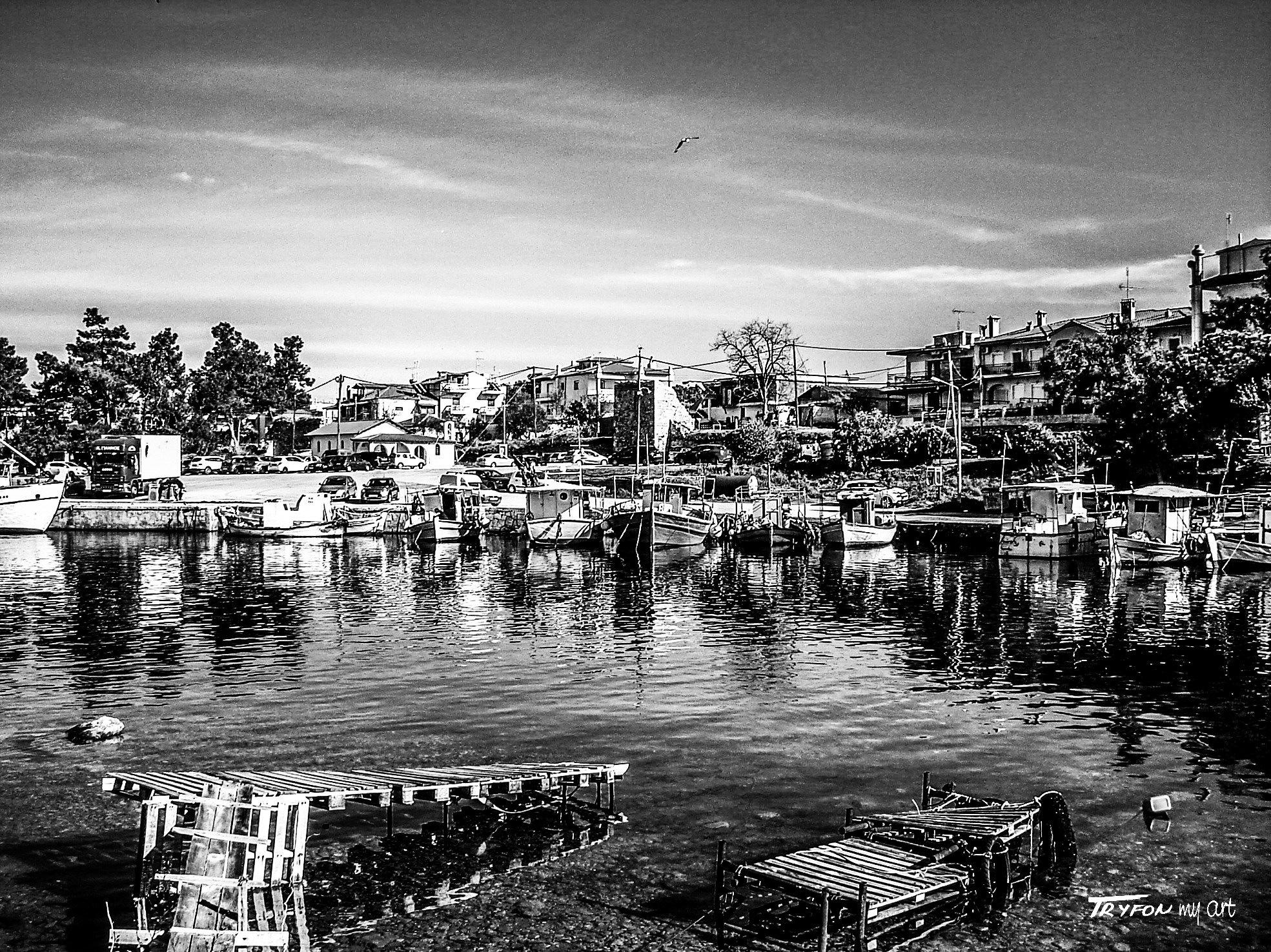 Fishermen's village - (ψαροχώρι). by tryfongraphics
