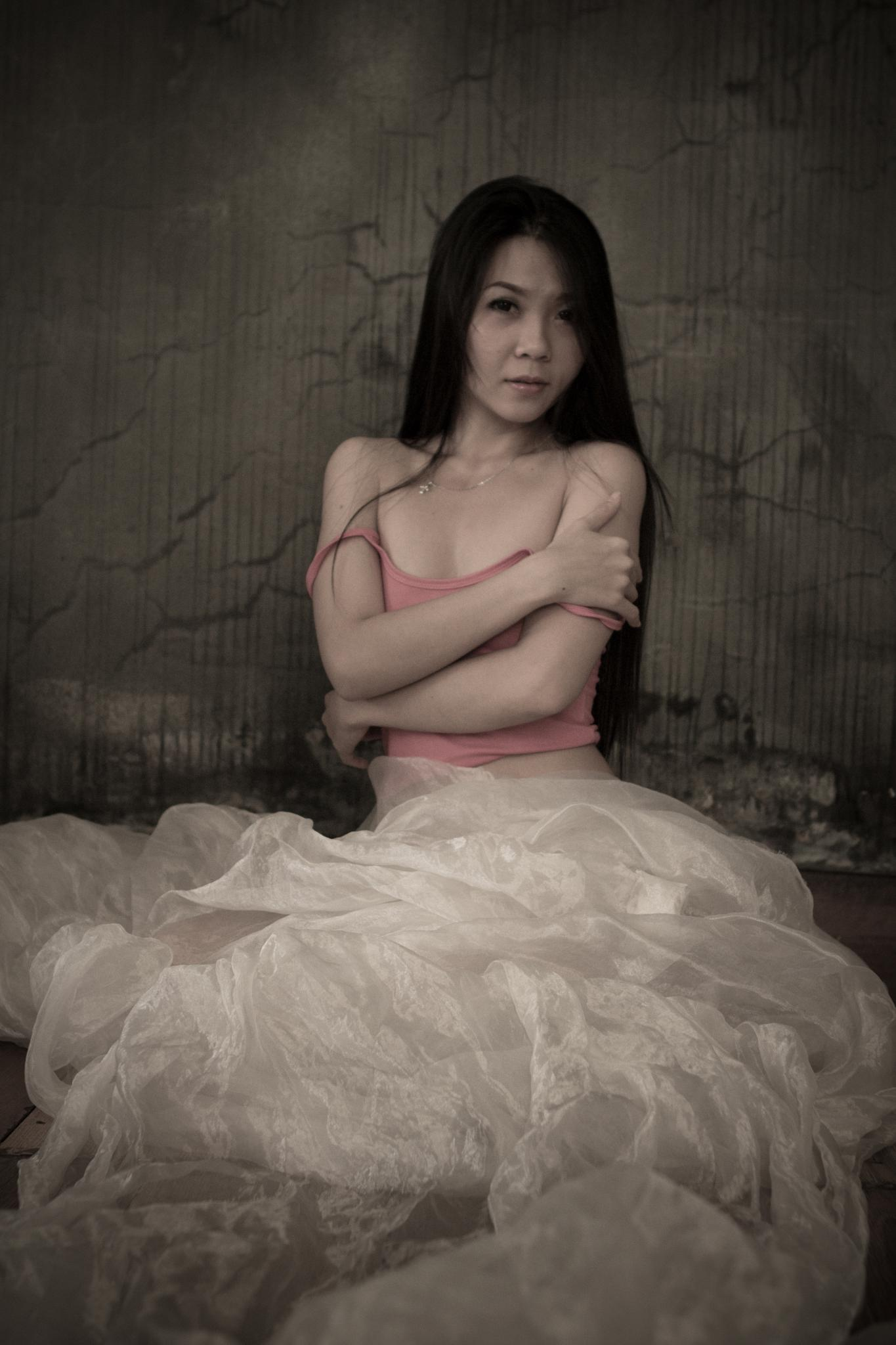 [longing and desire] by Nhat giang