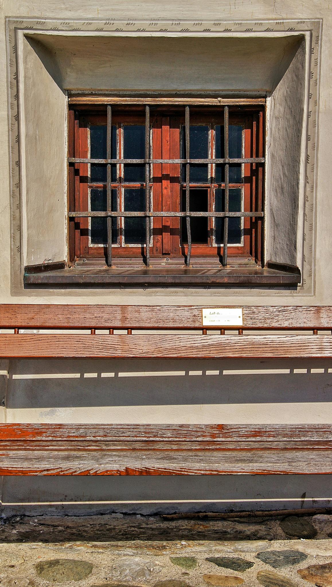 window by Markus Springer