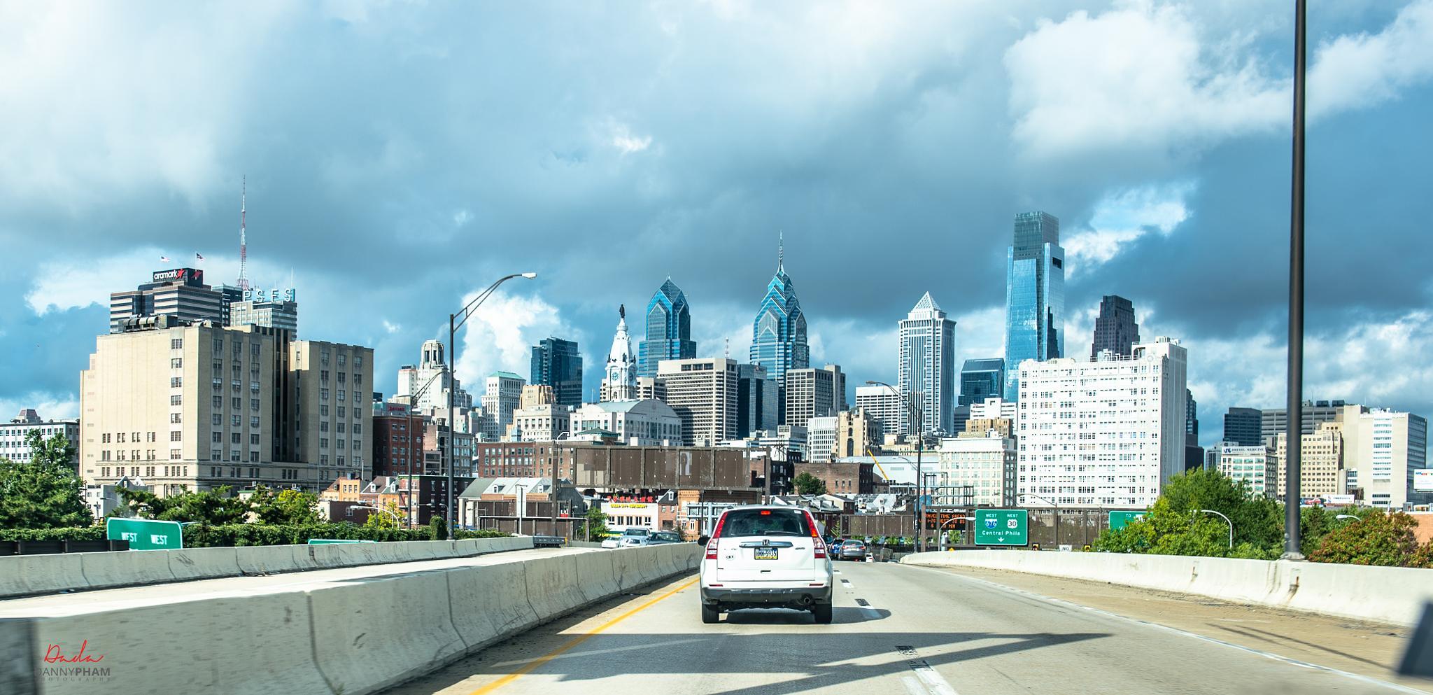 Downtown - Philadelphia  by Danny Pham