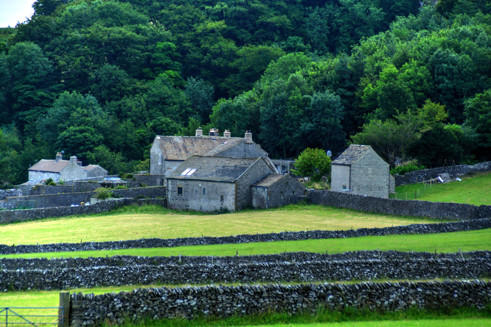 castleton derbyshire by Stuart Robertshaw Photography