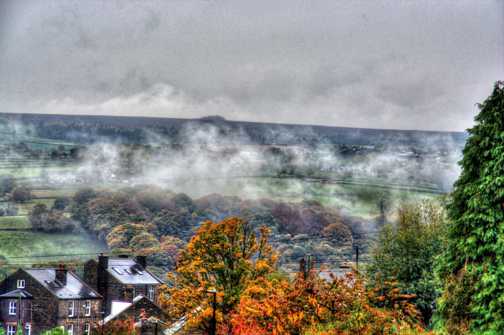 misty autumn morning by Stuart Robertshaw Photography