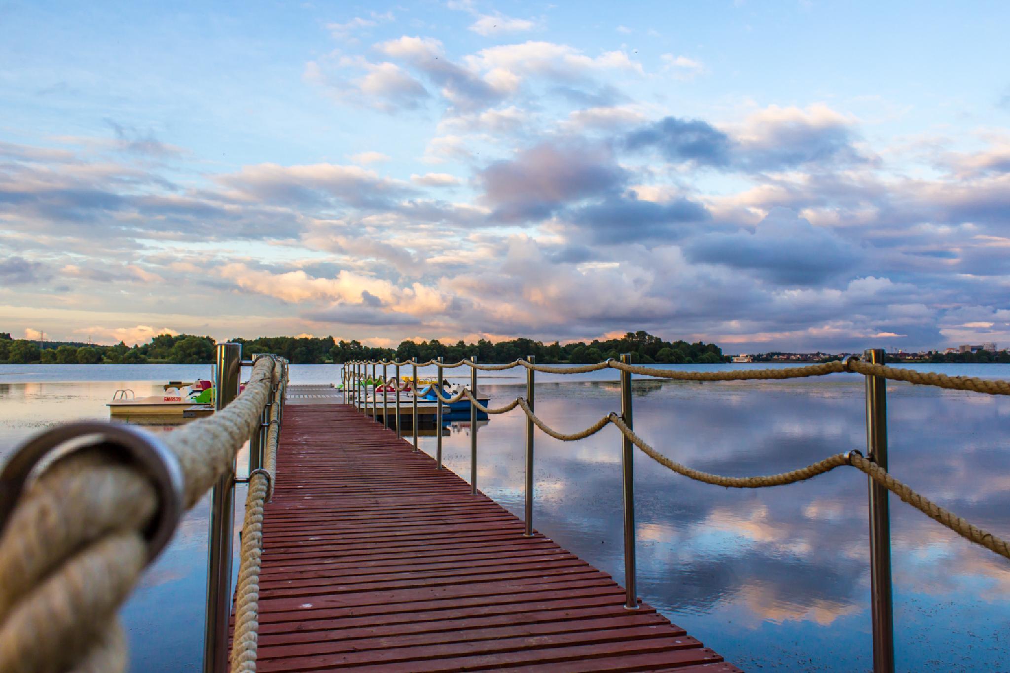 the pier by kozakovs