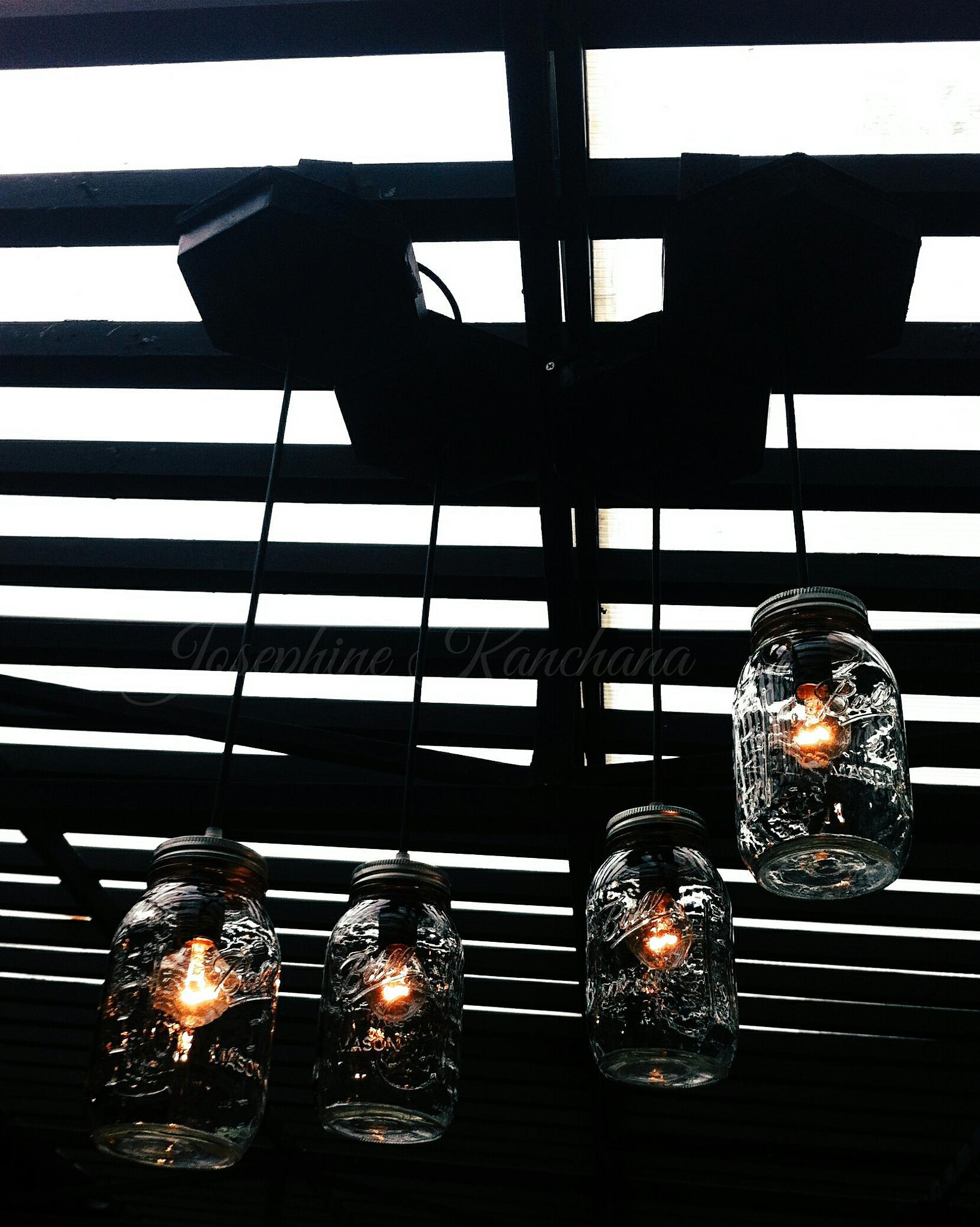 Dining lamp by Josephine Kanchana