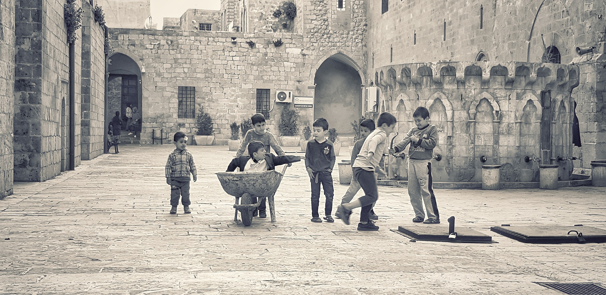 Children of Men by Meriç Aksu