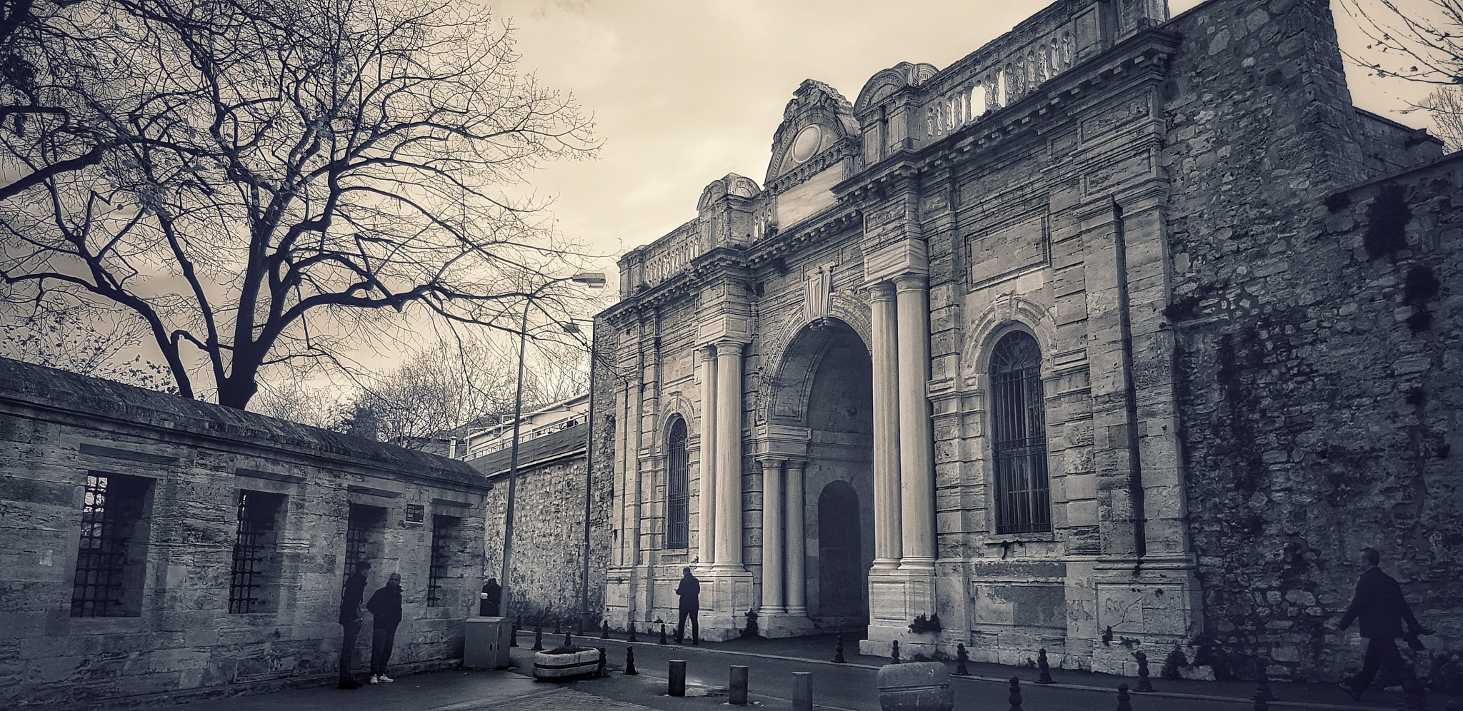 Surrounded by history by Meriç Aksu