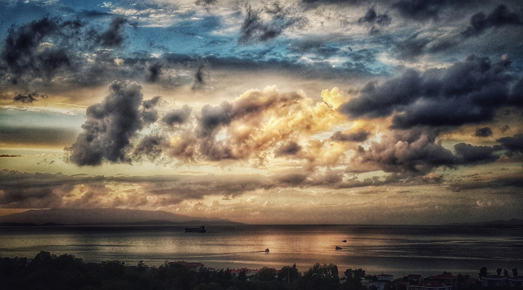 Before the rain by Meriç Aksu