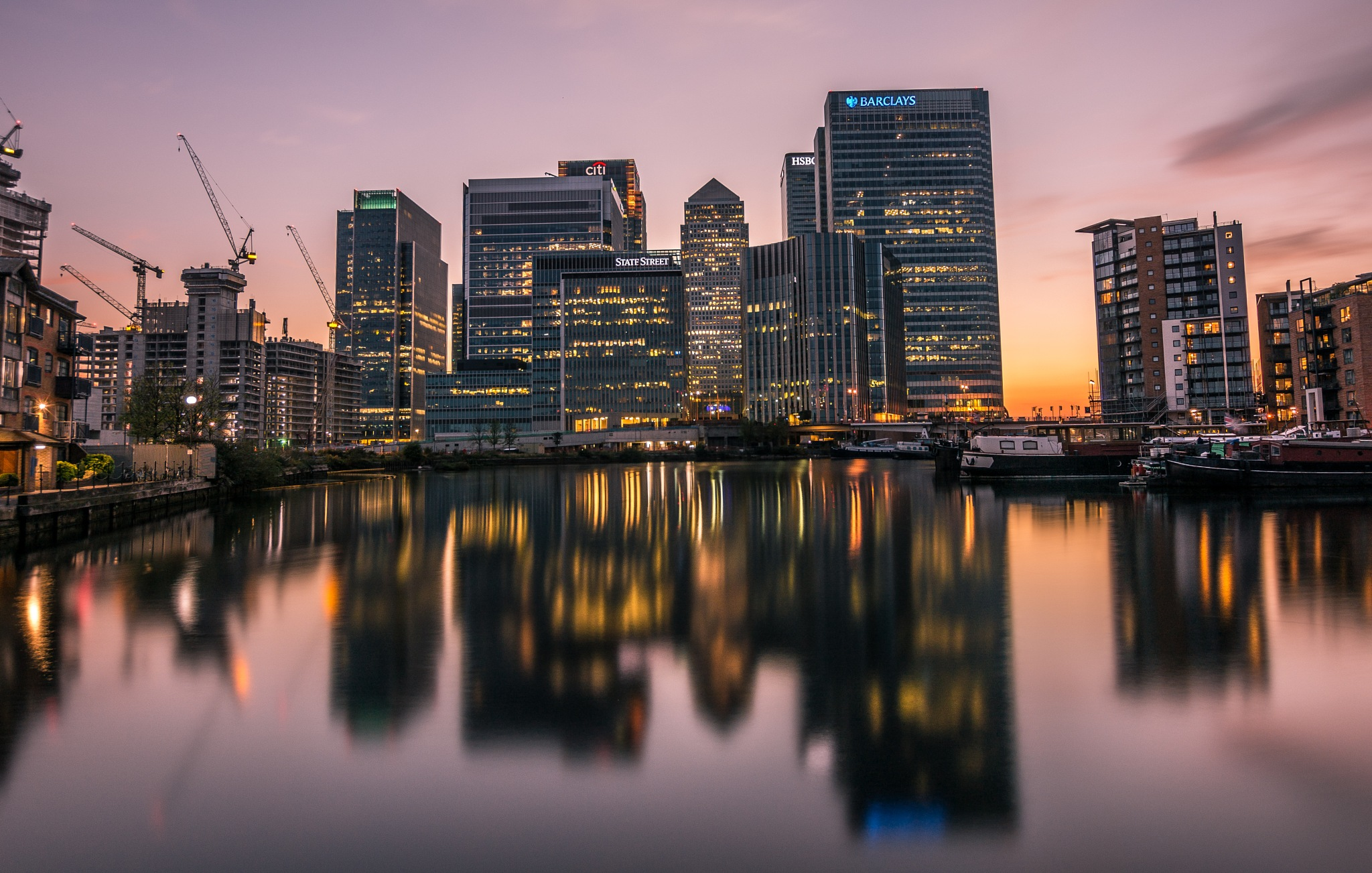 Canary Wharf by Roman The Great
