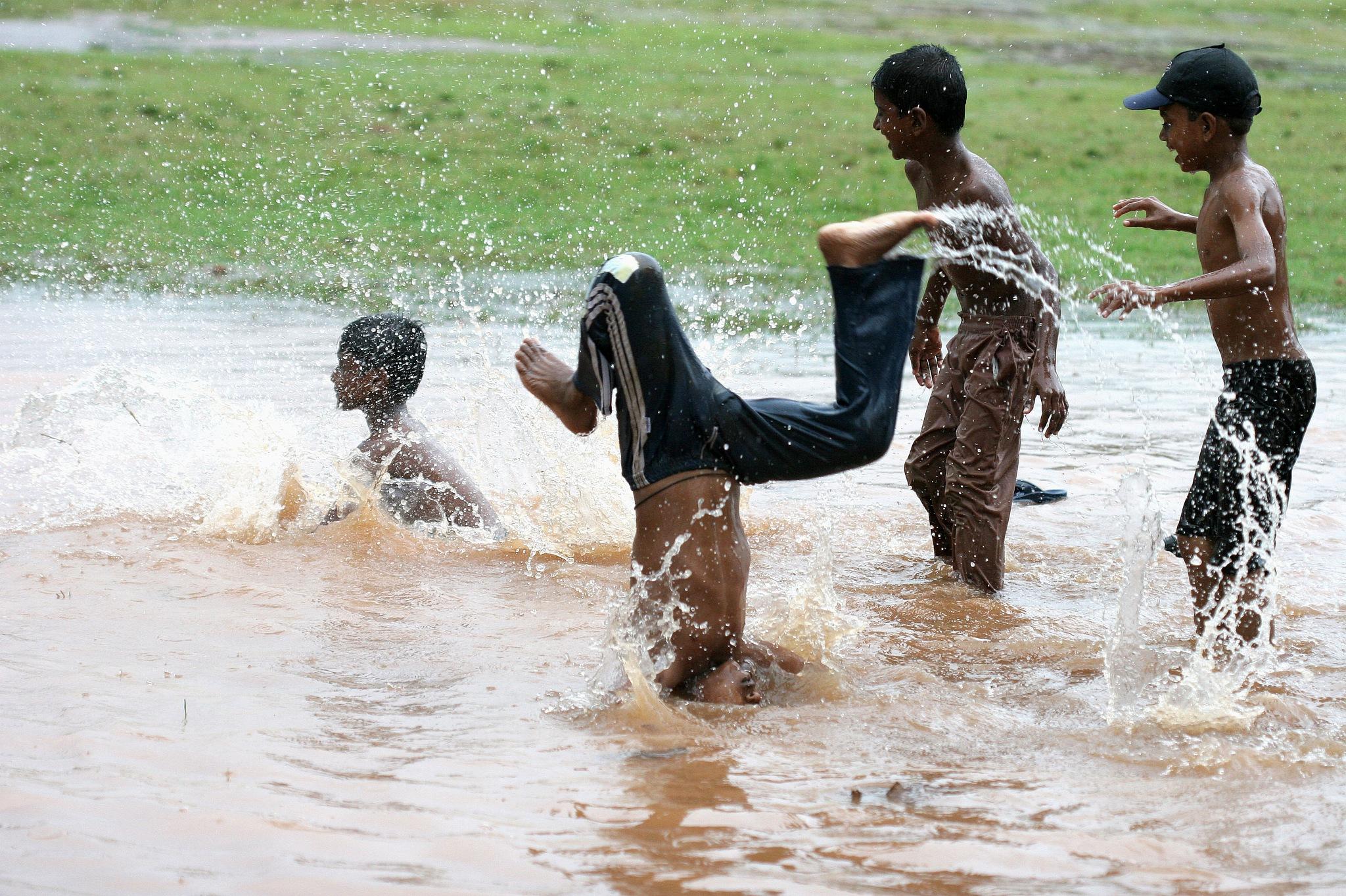 The monsoon season Kochi - south India  by  Itzkovich  Joseph