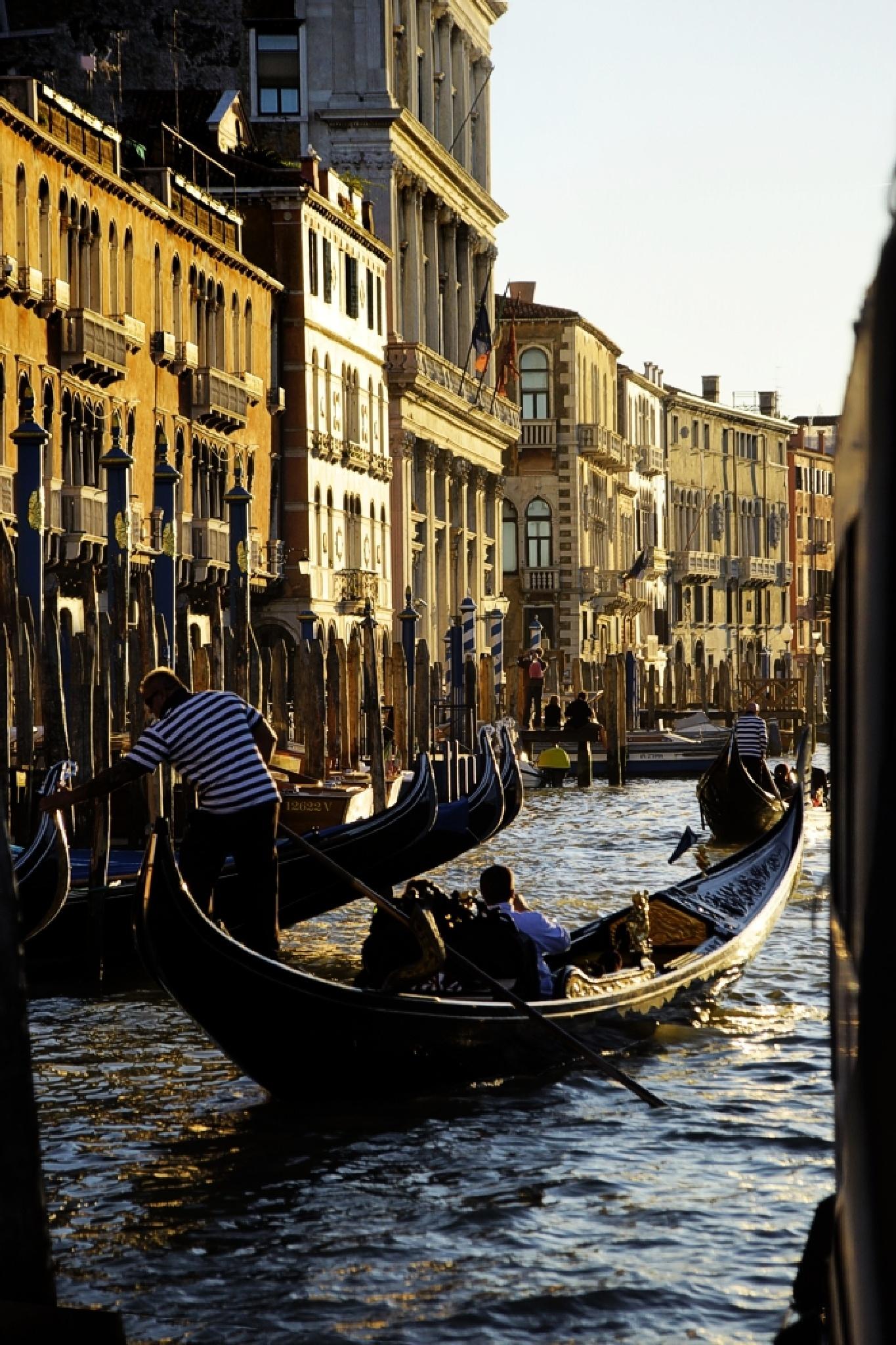 A boat station in Venice by Edu Vergara