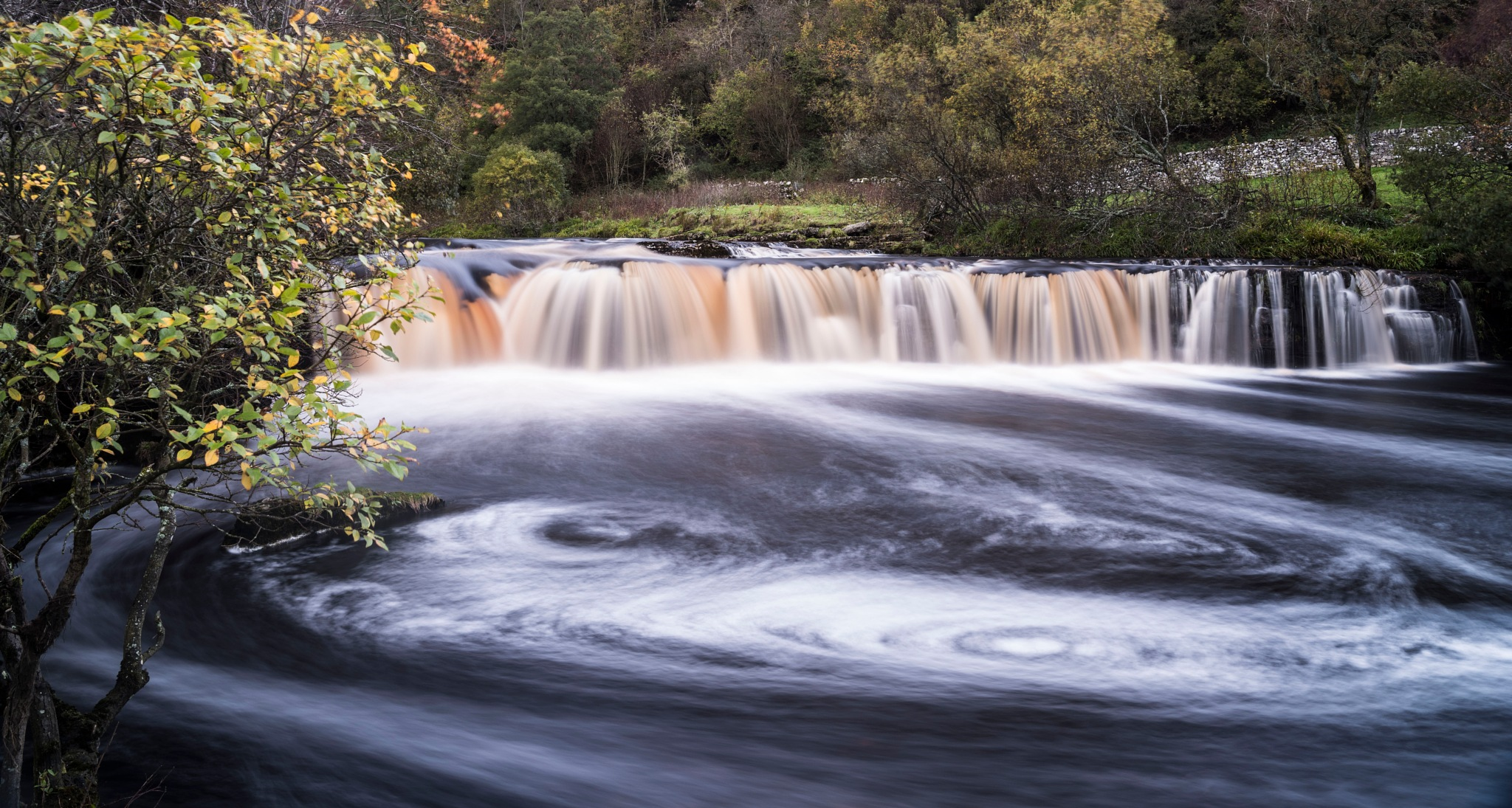 waterfall, long exposure by hutchst