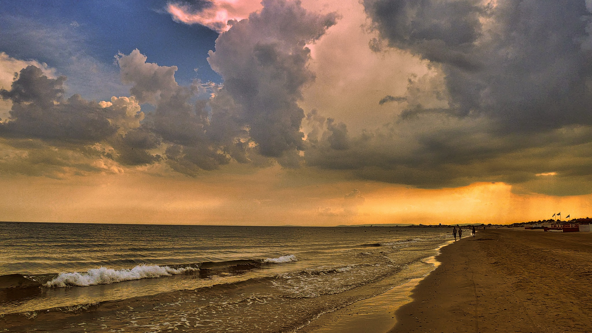 cloudy sunset by alain michel