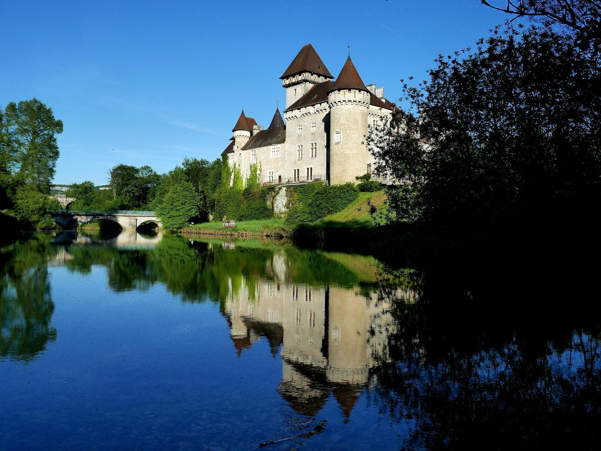 château de Cléron (Doubs)  by alain michel