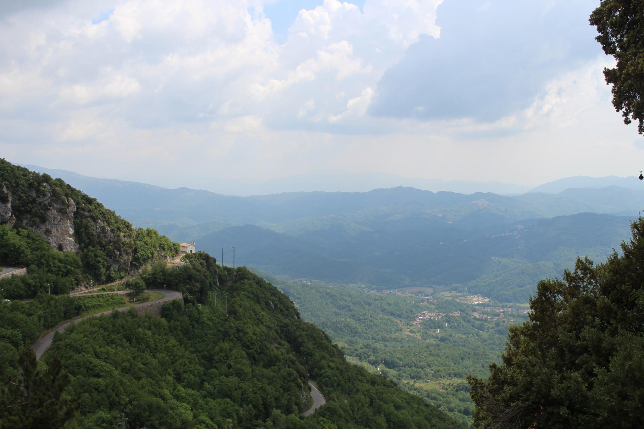 Valley in Cervara di Roma by jdegrazia