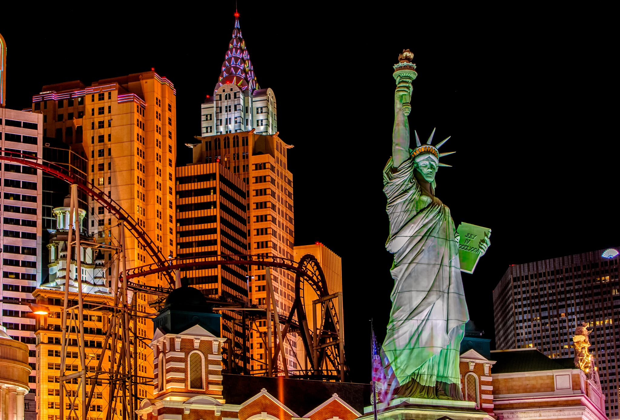 Las Vegas! by Bob Vaughan