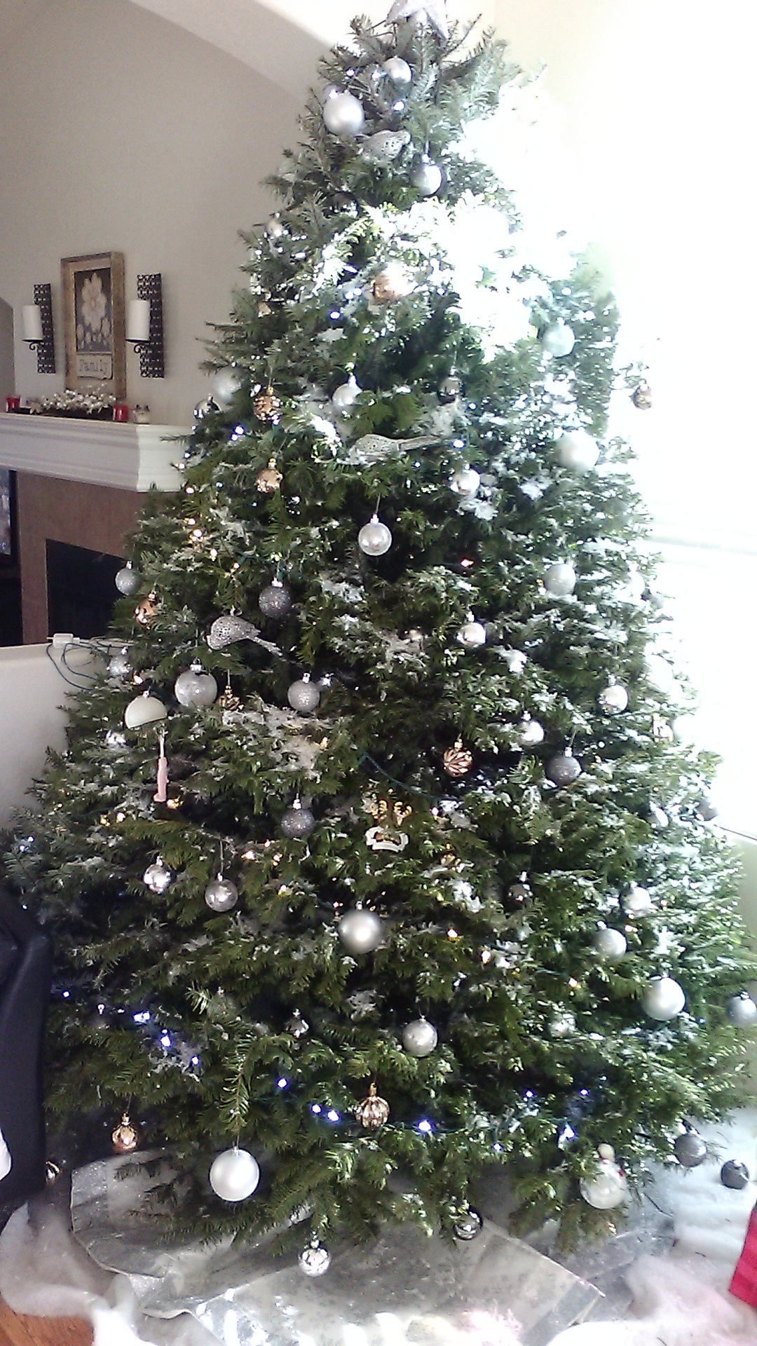 MERRY CHRISTMAS EVERYONE by Keri E. Carter