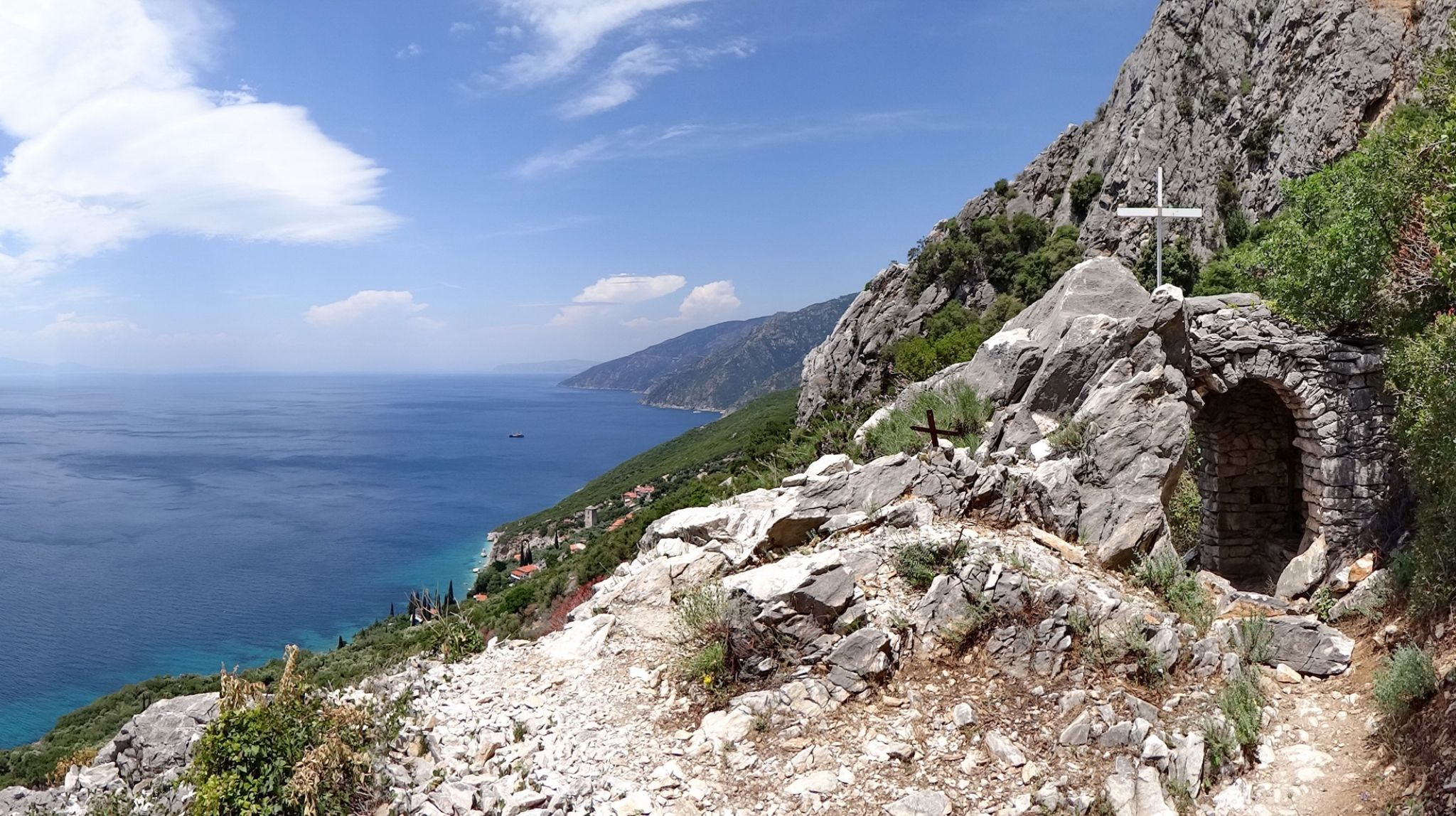 Mount Atos by Alekdandar Dekanski