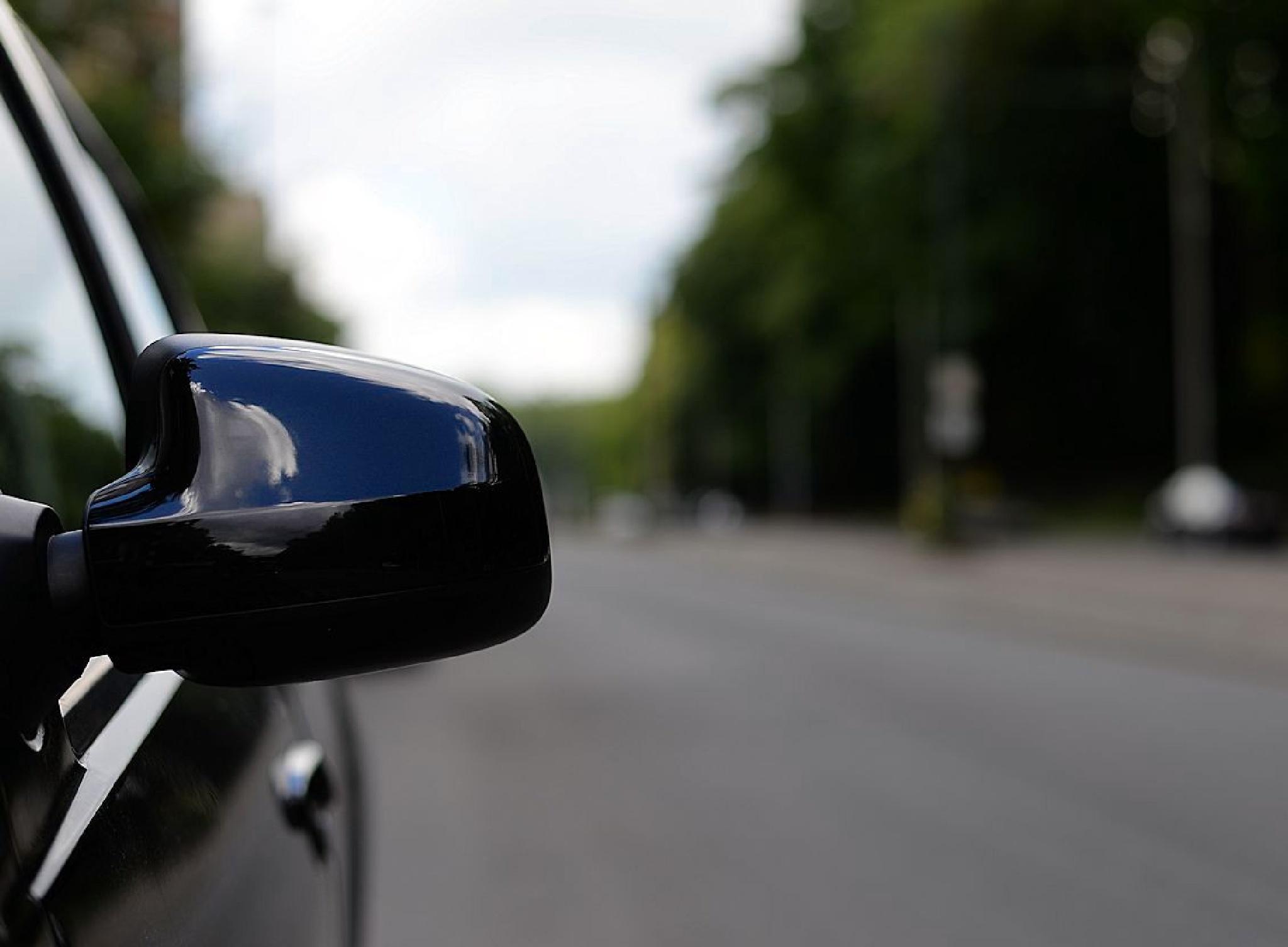 Rear view mirror by JPVD fotografie