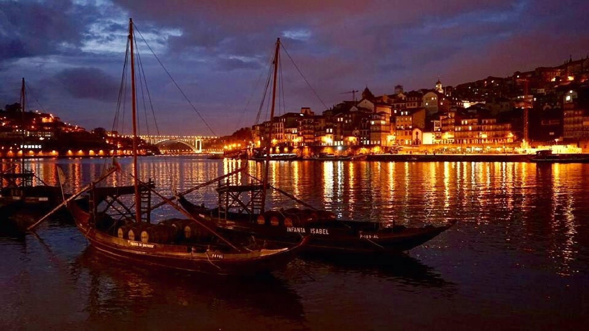 Dusk, Porto by philip.han
