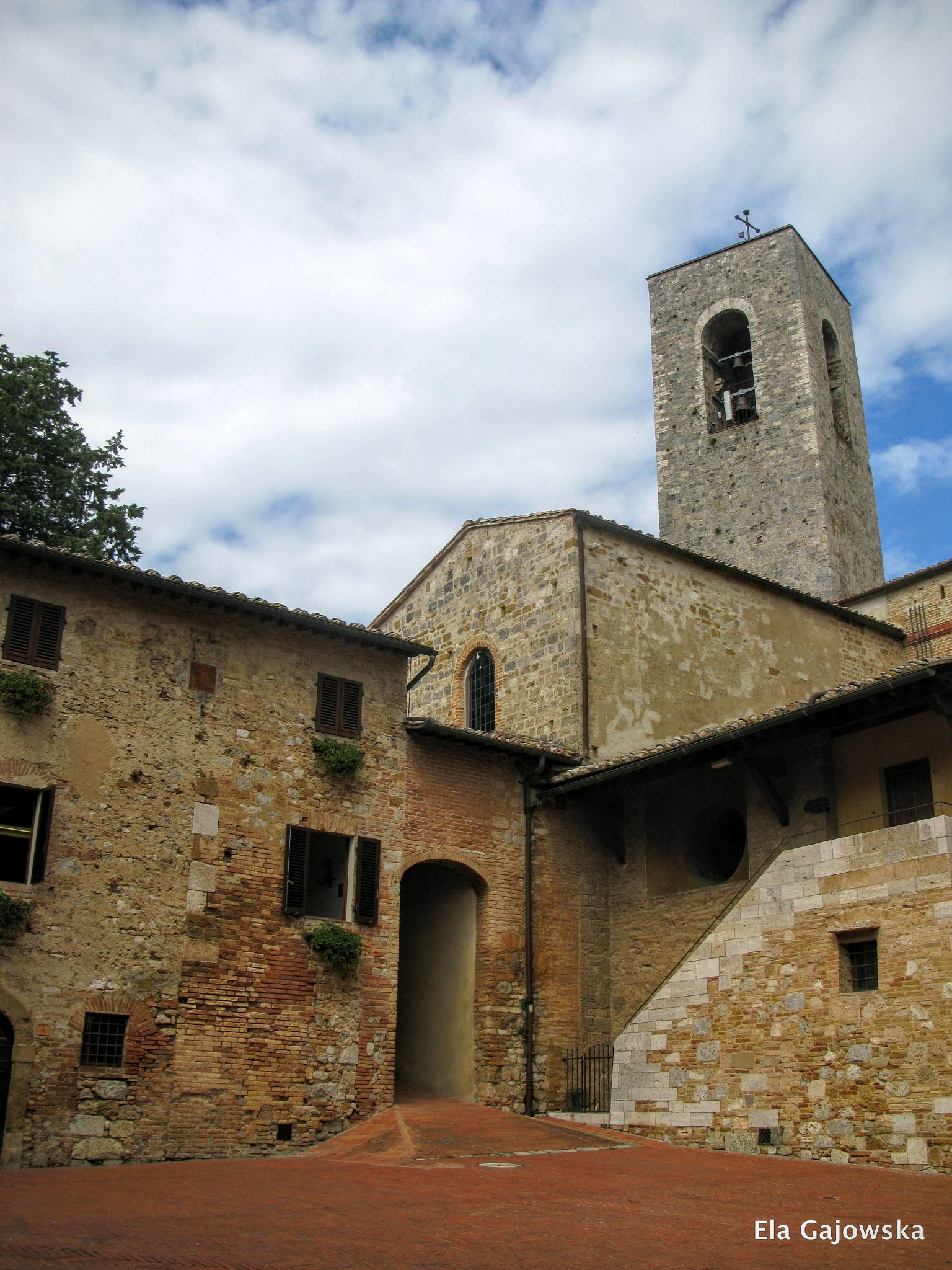 In the hill, medieval town of San Gimignano by Ela Gajowska