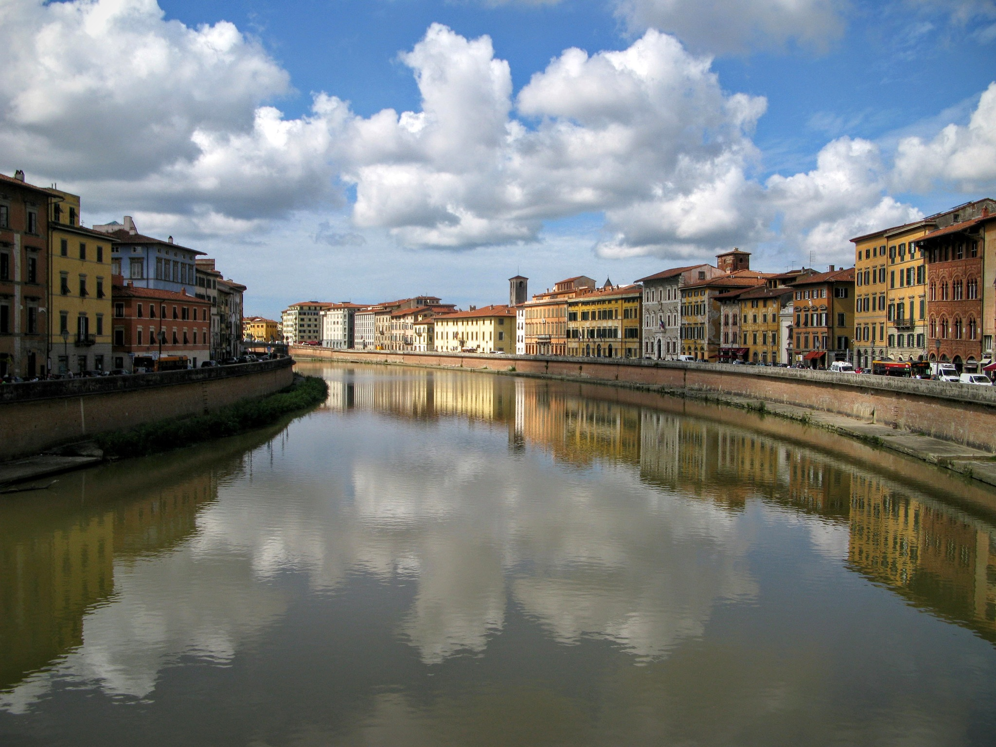 Pisa without its tower .... :) by Ela Gajowska