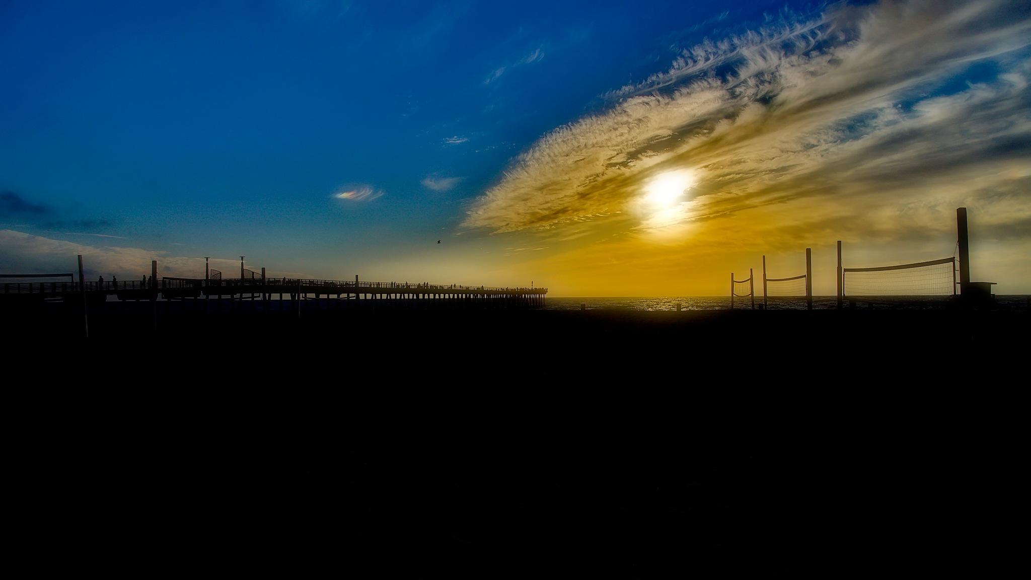 Hermosa Beach by WSimone