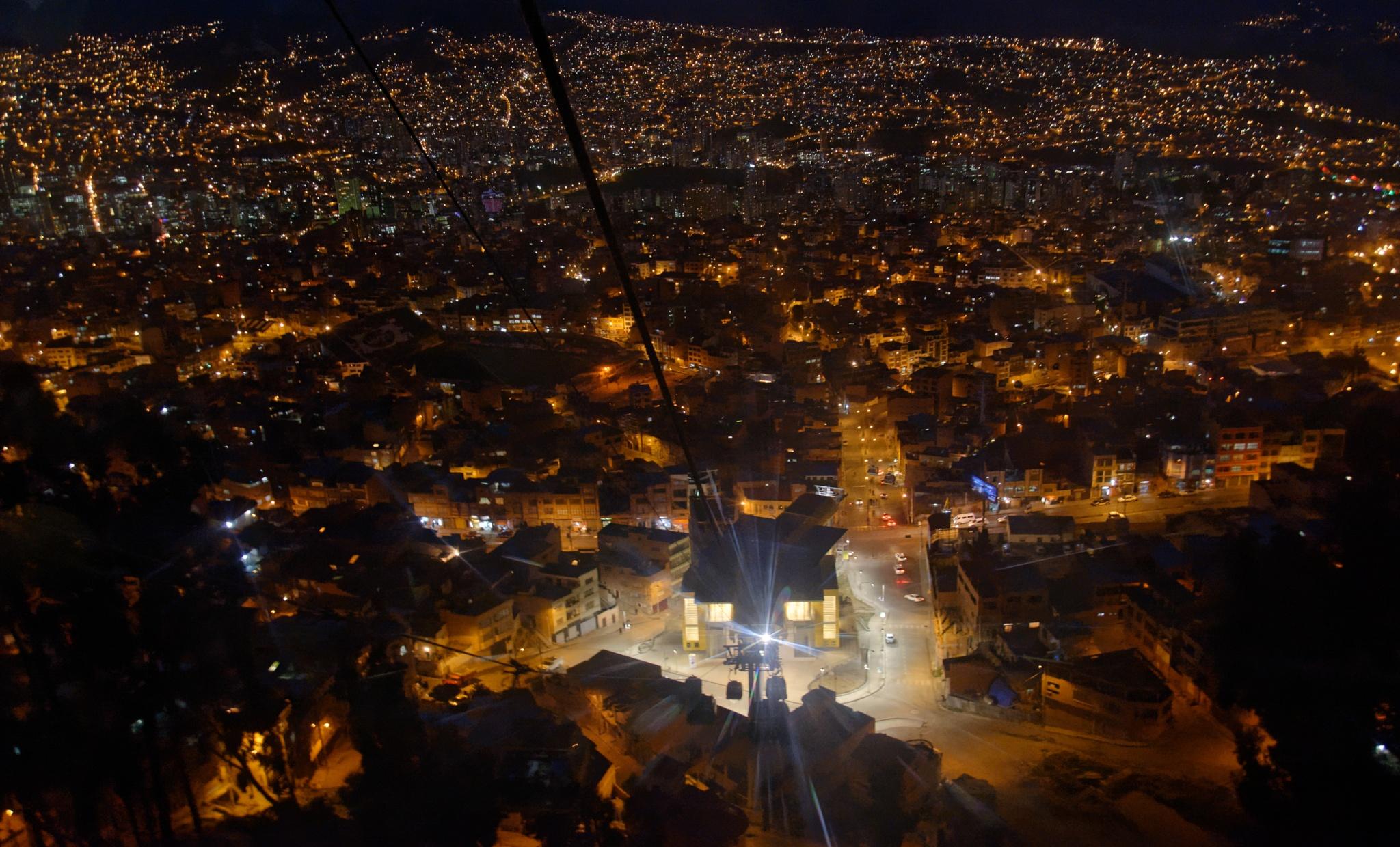 Del Alto a La Paz by Cristian Araya