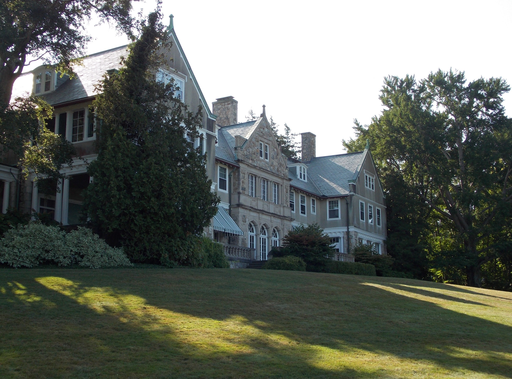 Blithewold Mansion by Victoria L. Smith