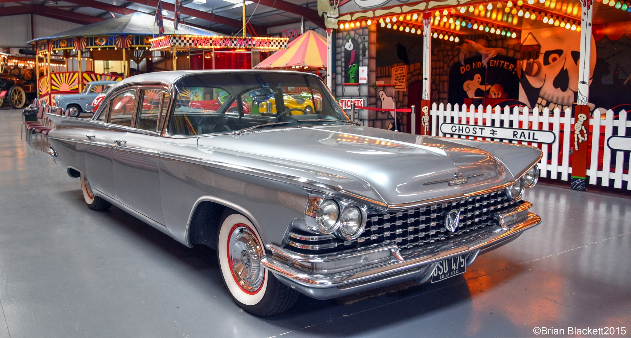 Nice Old Buick by brianblackett