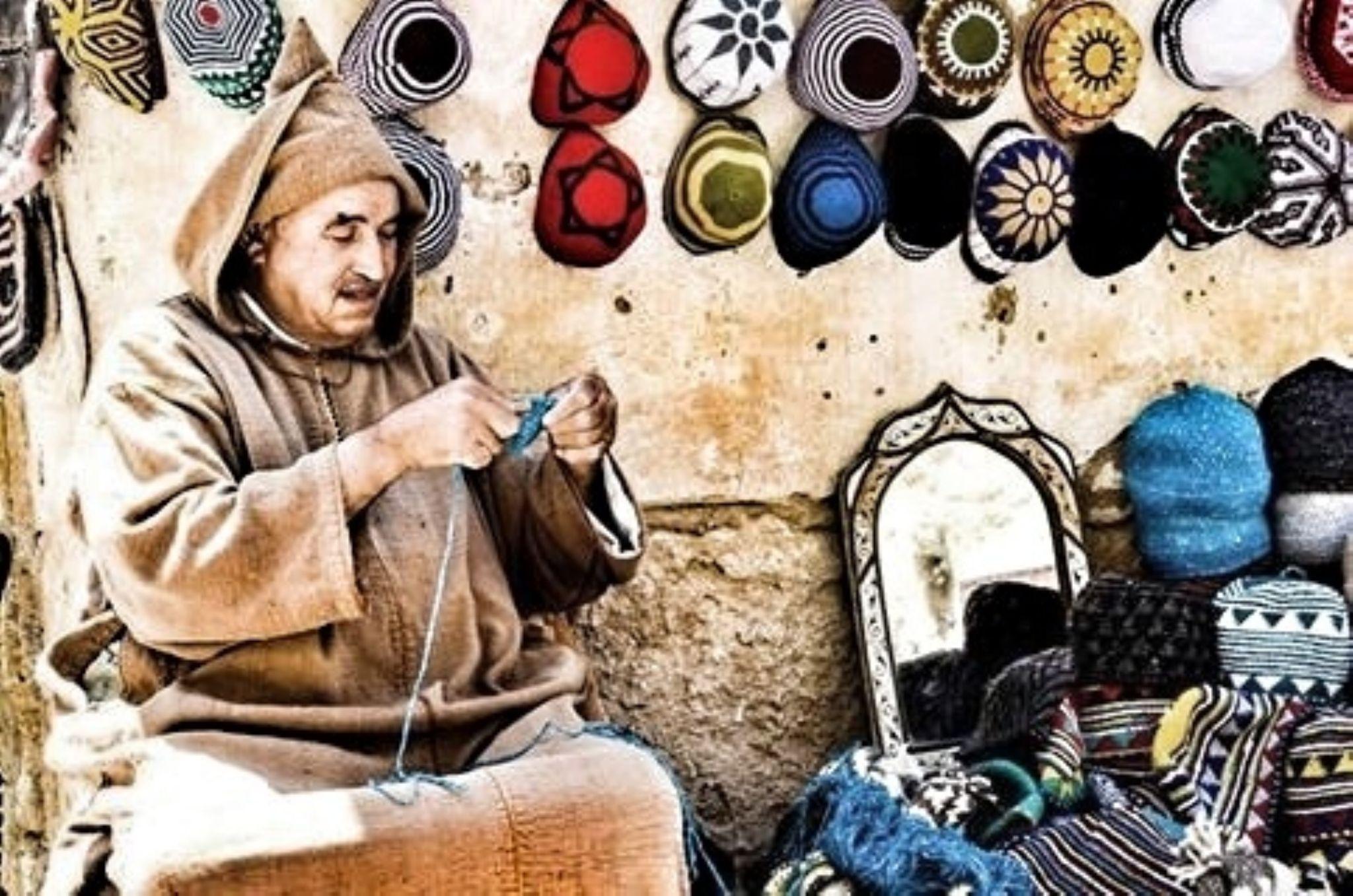 Hombres que tejen en Marruecos by juanalopez