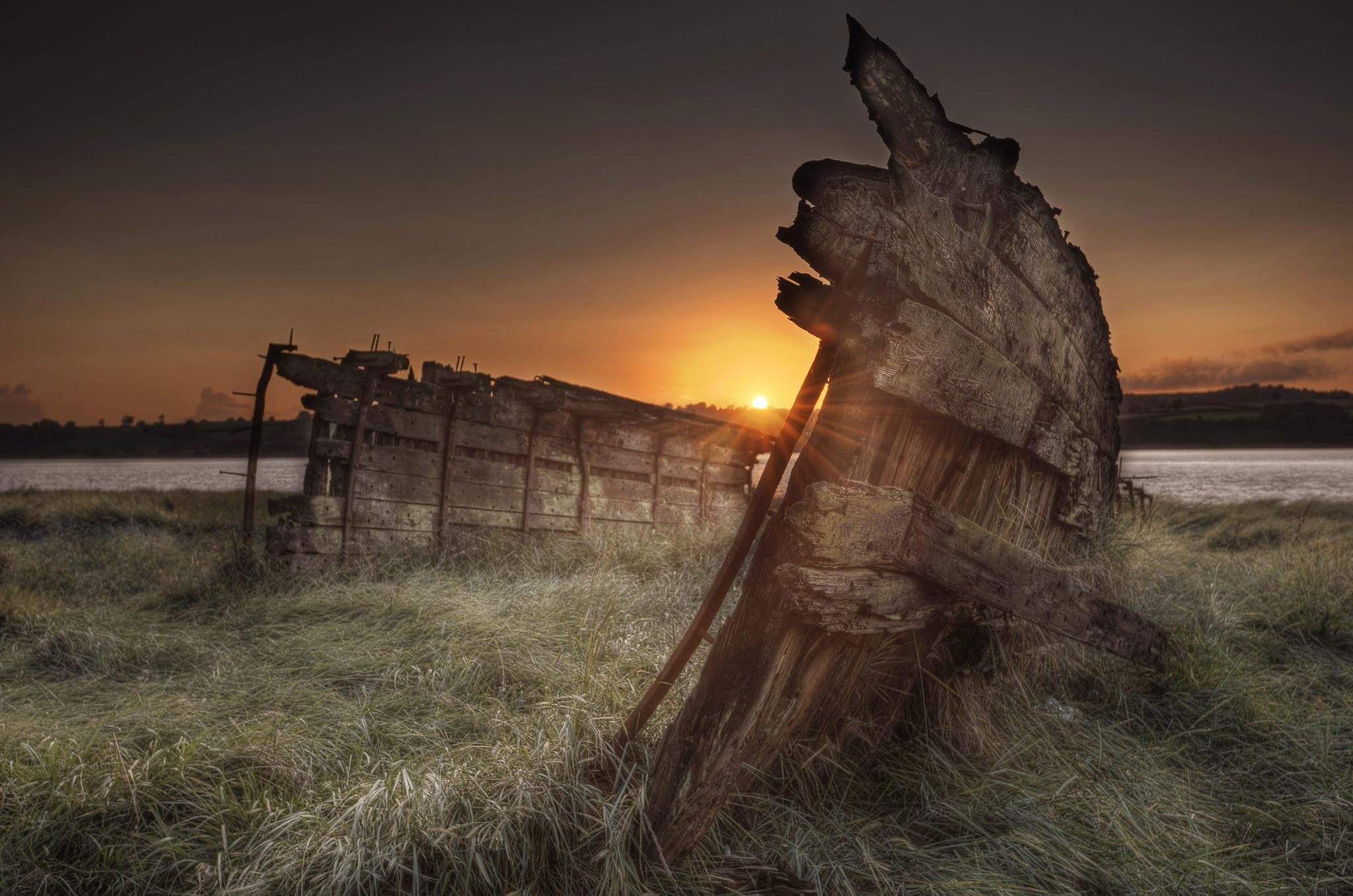 Purton Ship graveyard by simongerhand